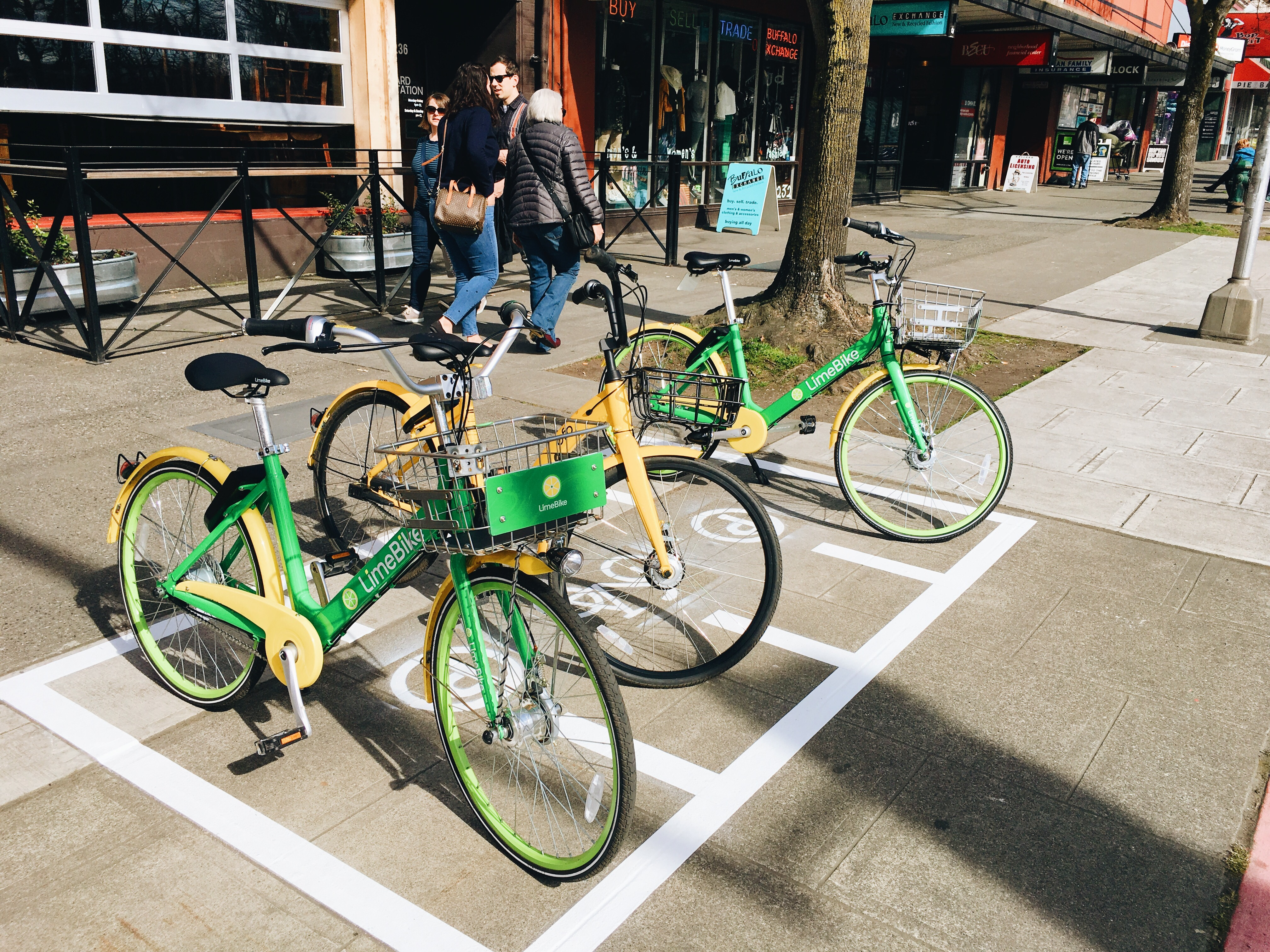 Seattle tests low-budget painted bike parking to make bike share ...