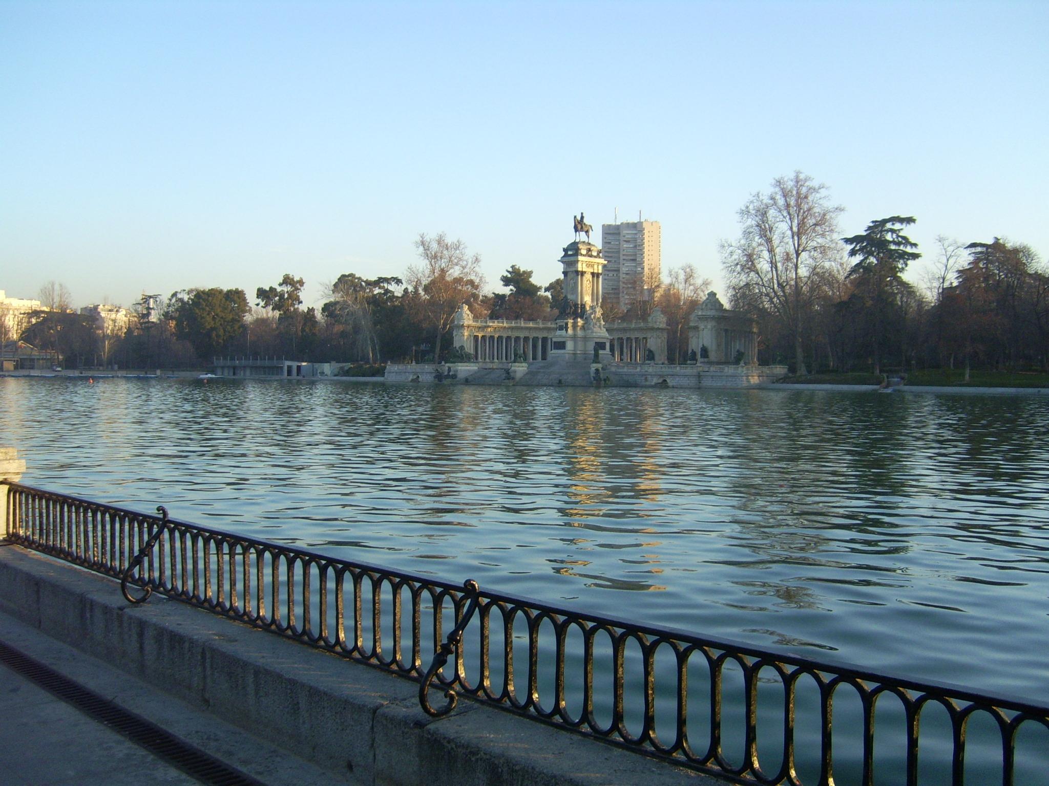 Parque del Retiro Madrid, Fence, Lake, Landscape, Madrid, HQ Photo