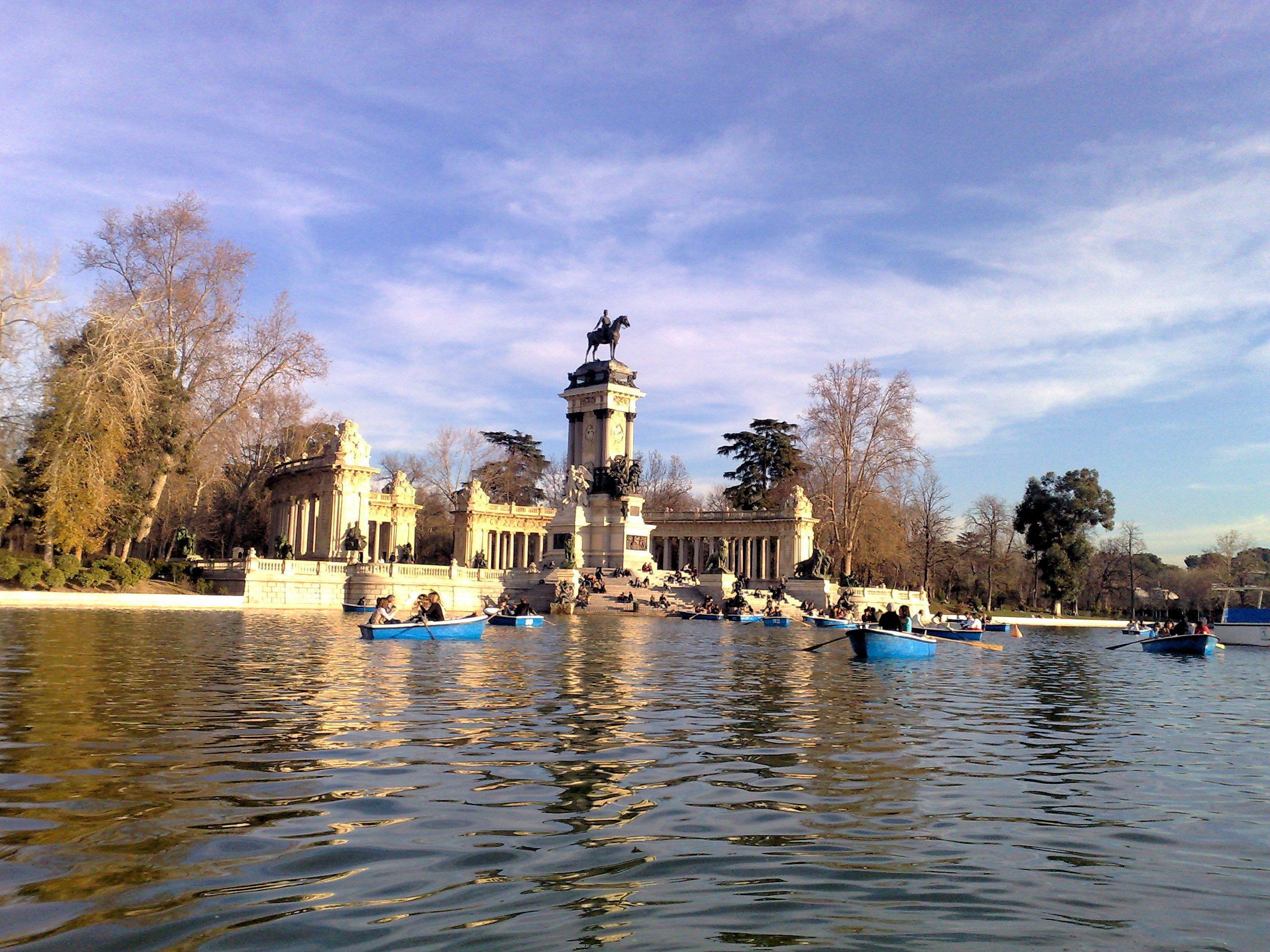 Parque del retiro, madrid, spain photo