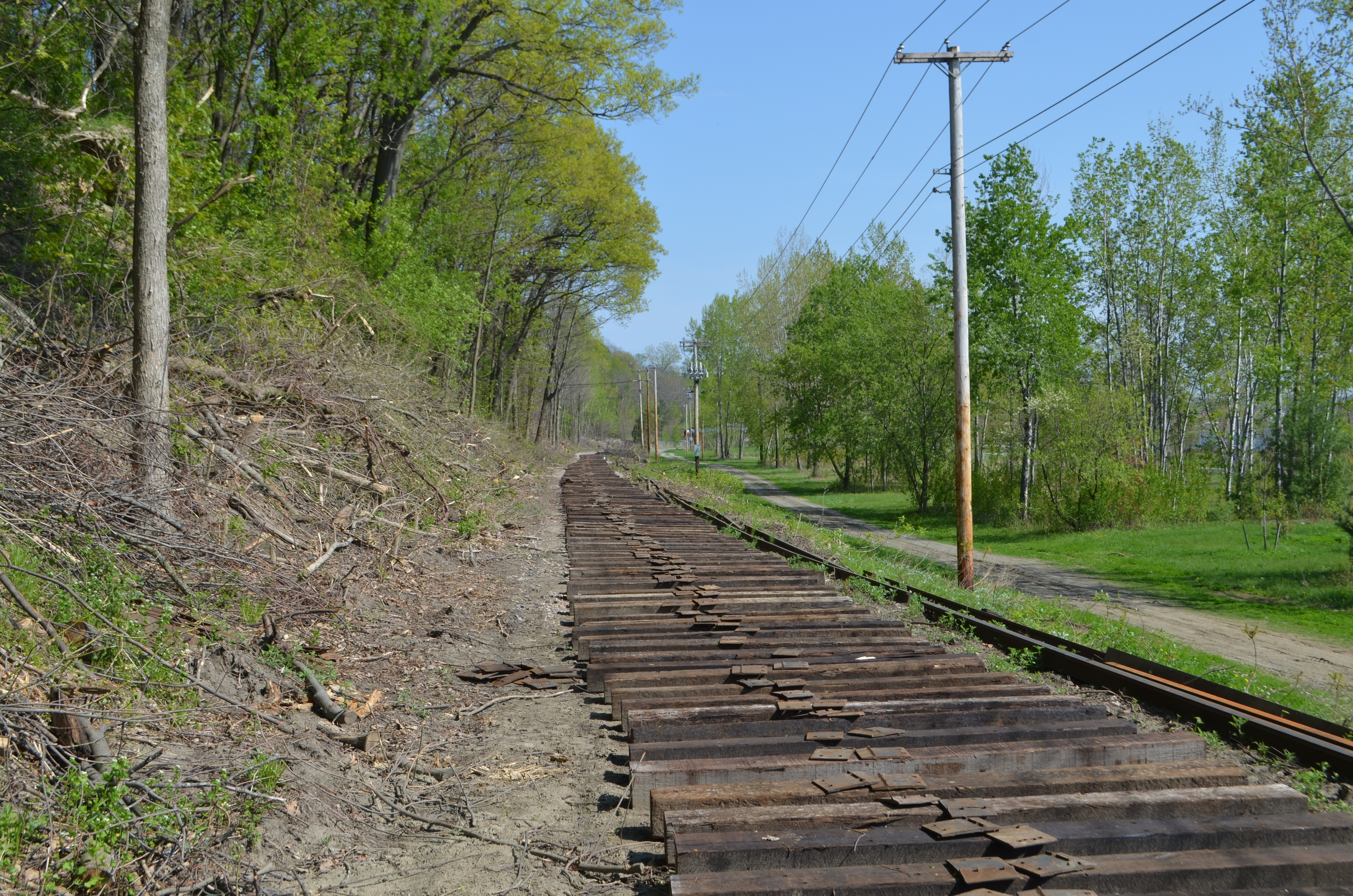 Vermont Railway Extends Track Along the Burlington Bike Path   Off ...