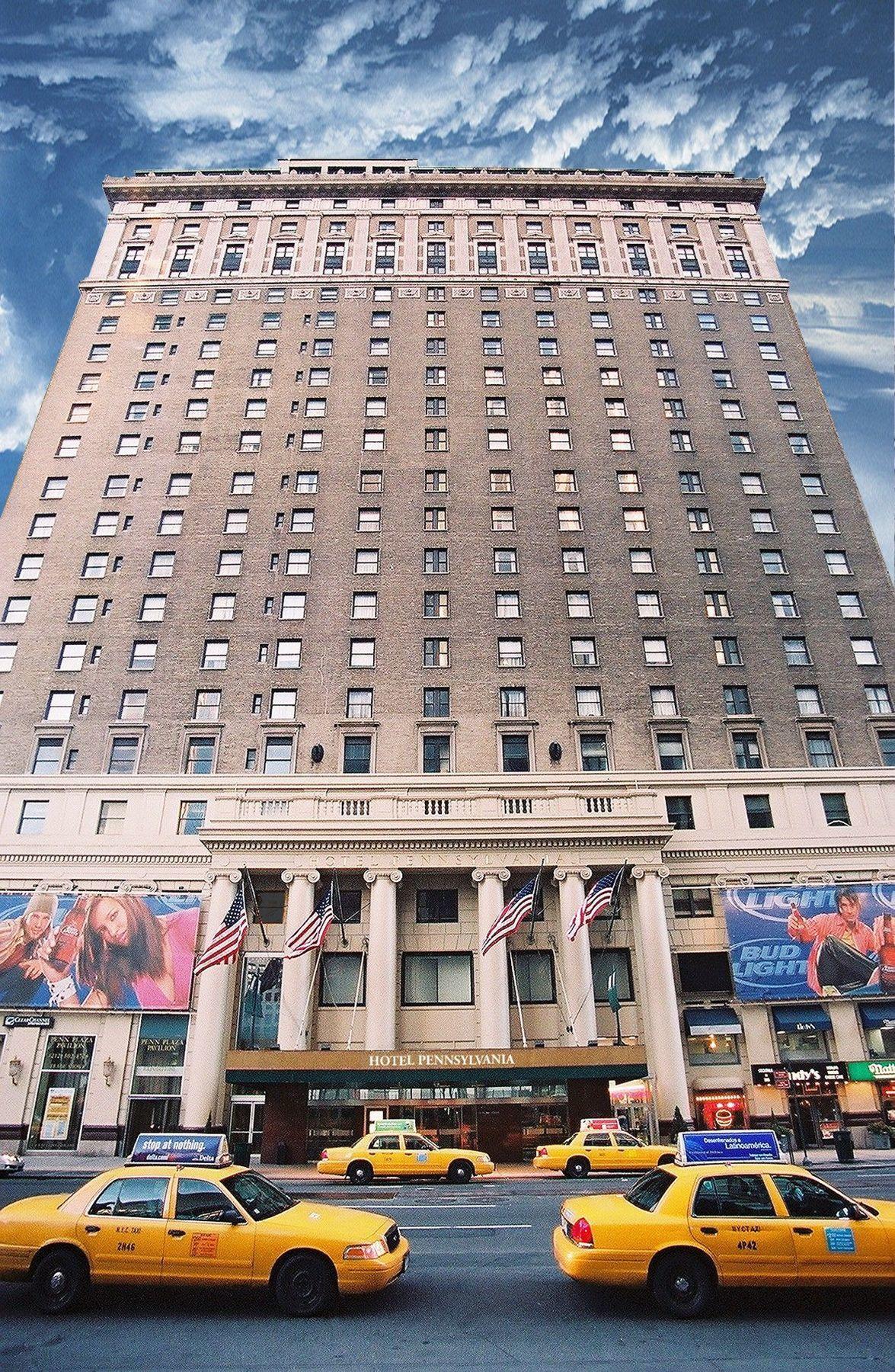HOTEL PENNSYLVANIA, NEW YORK **