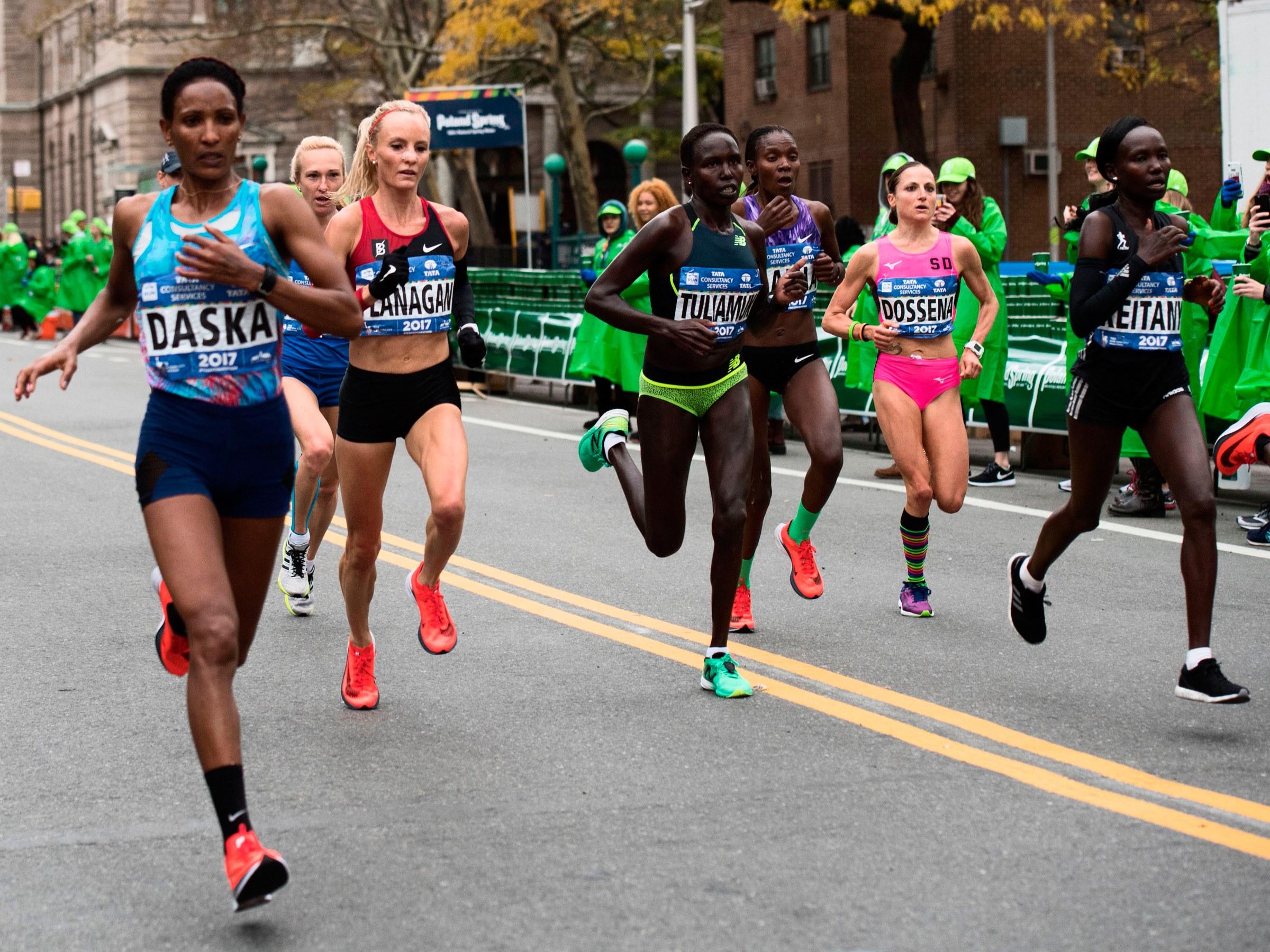 Do Nike's Zoom Vaporfly 4% Marathon Shoes Actually Make You Run ...