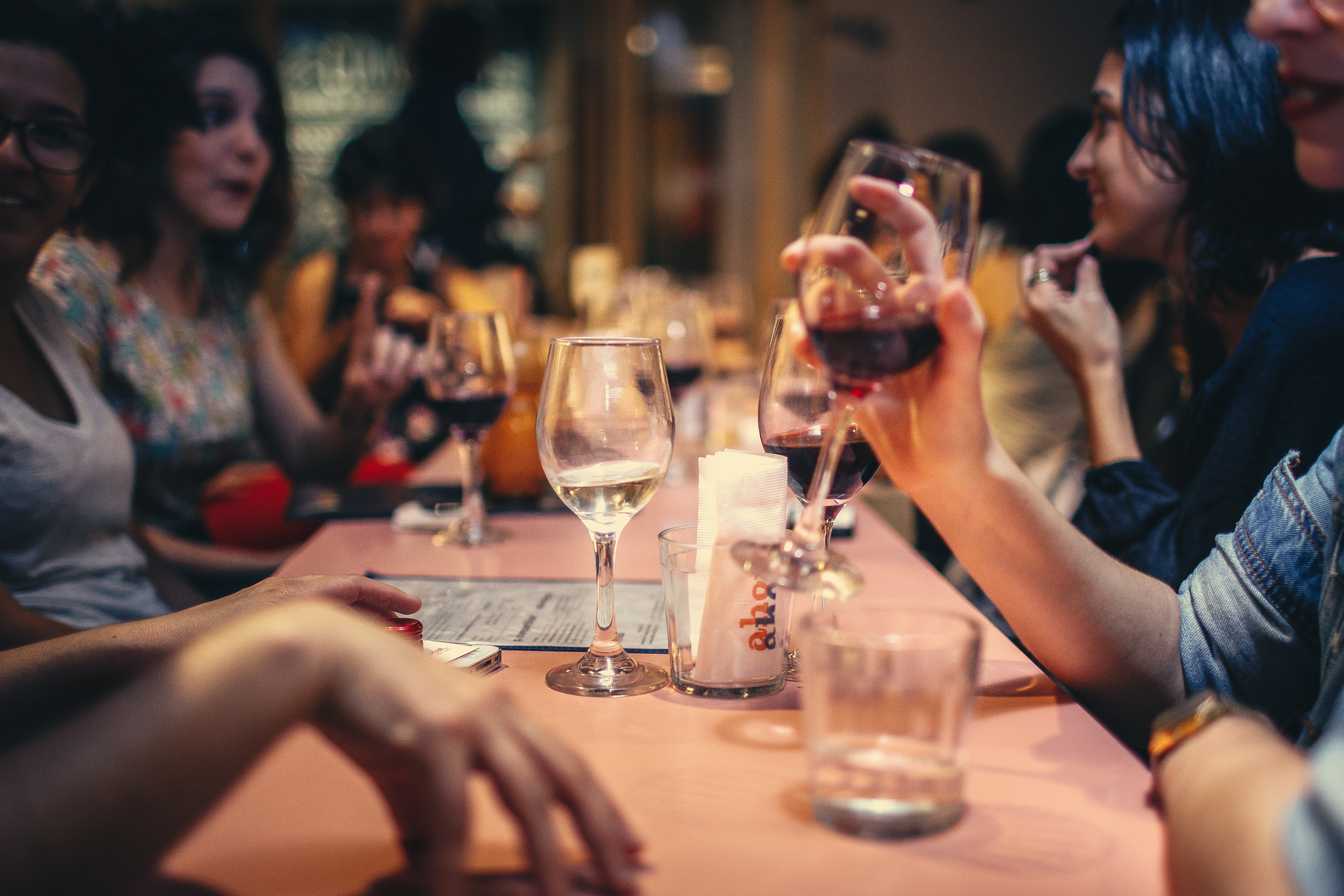 People Drinking Liquor and Talking on Dining Table Close-up Photo, Adult, Indoors, Wine glasses, Wine, HQ Photo