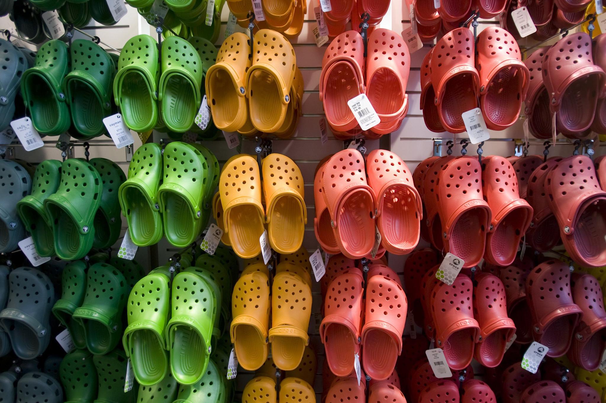 Crocs comeback: The return of the ugly shoe - Chicago Tribune