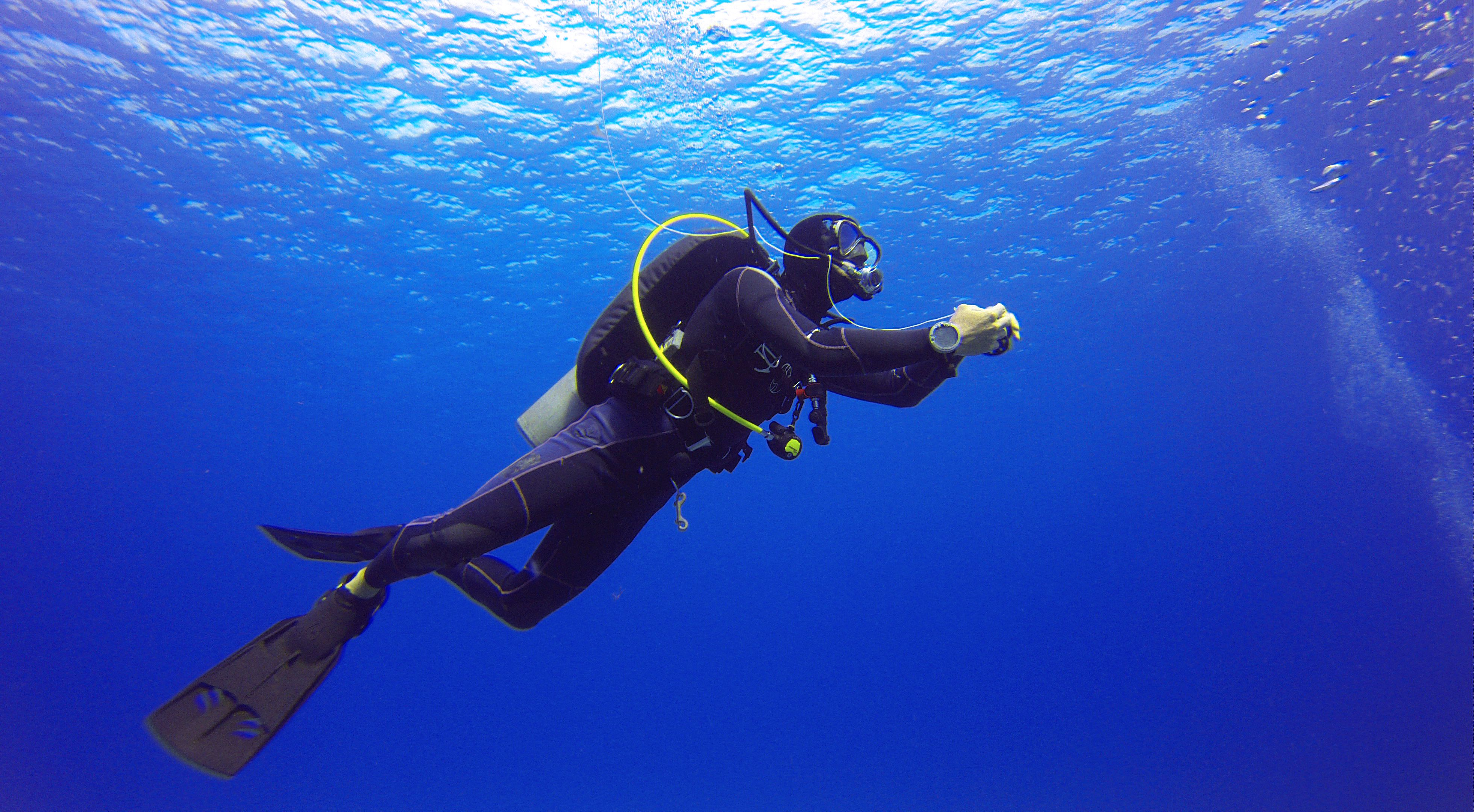 Scuba Diving Risks - Pressure, Depth and Consequences