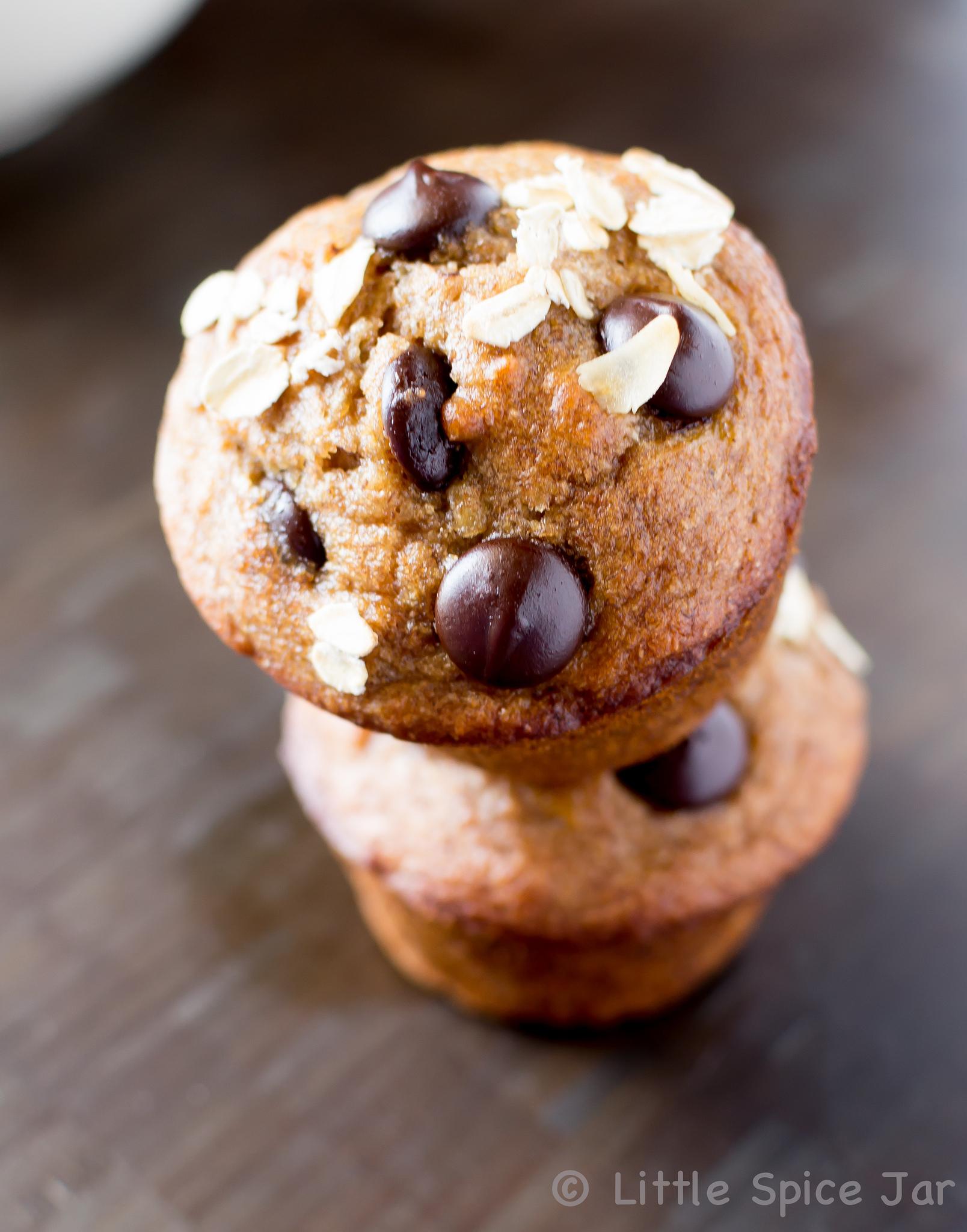 HEALTHY CHOCOLATE CHIP BANANA MUFFINS | Little Spice Jar