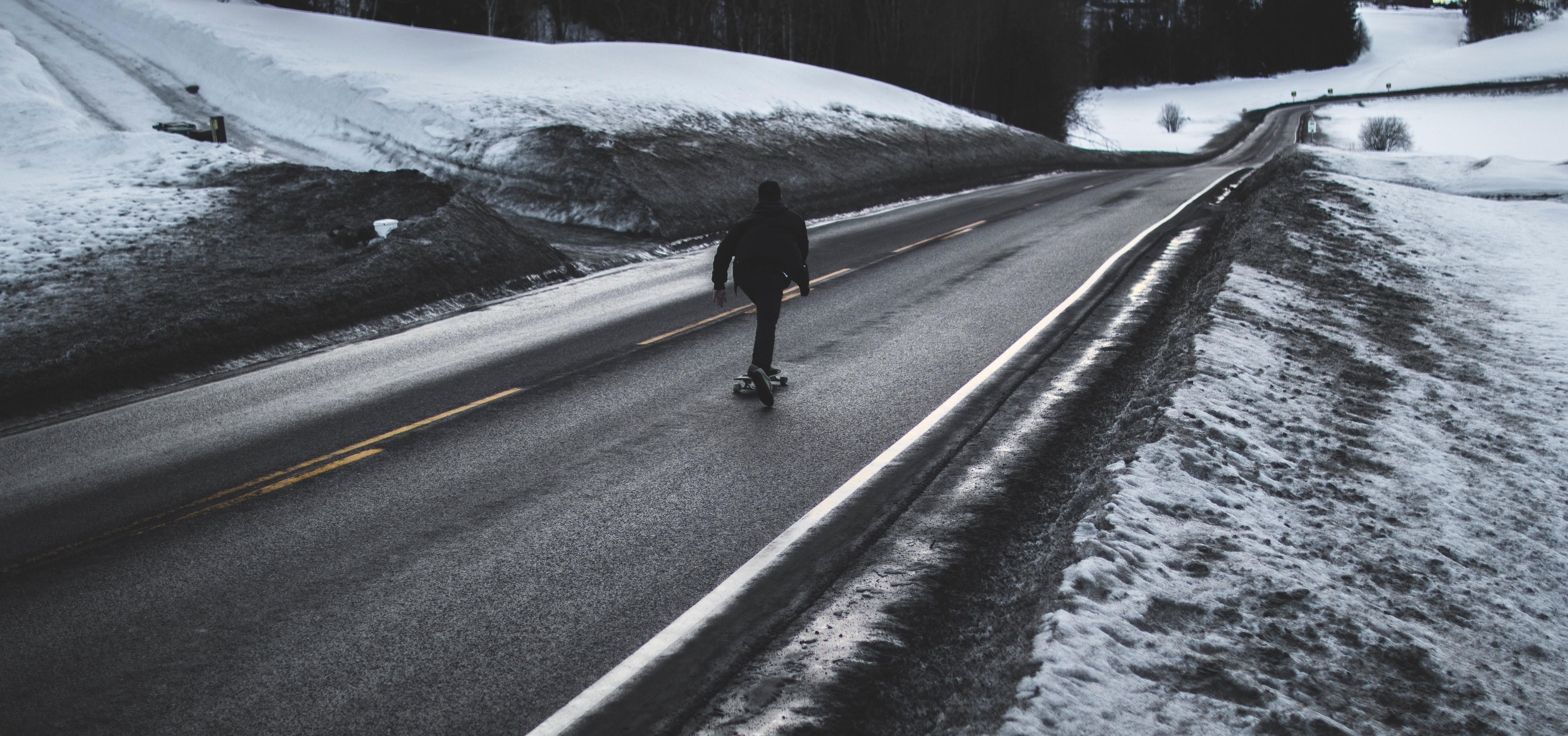 Person Running on Asphalt Road, Asphalt, Cold, Daytime, Frost, HQ Photo