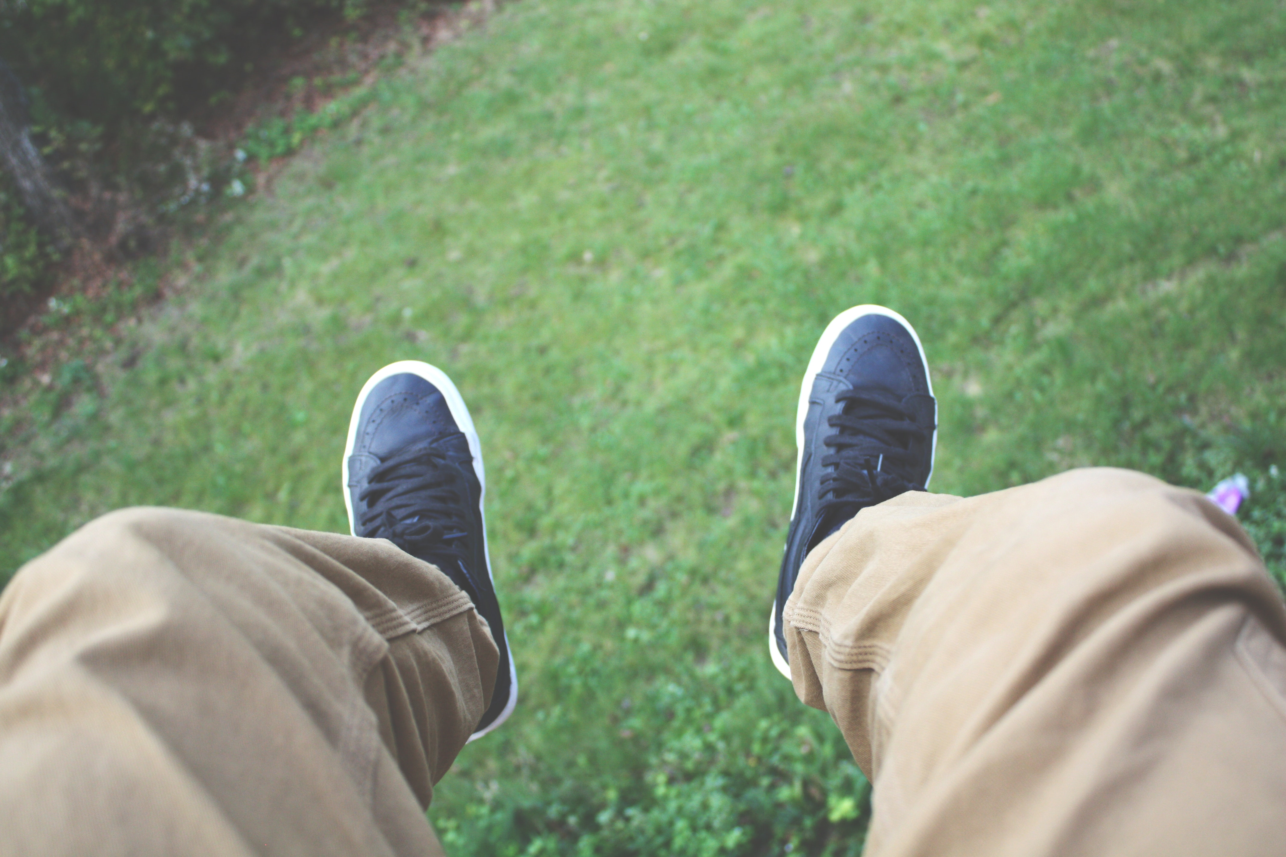 Person Wearing Brown Pants and Black and White Shoes, Blur, Close-up, Denim pants, Focus, HQ Photo