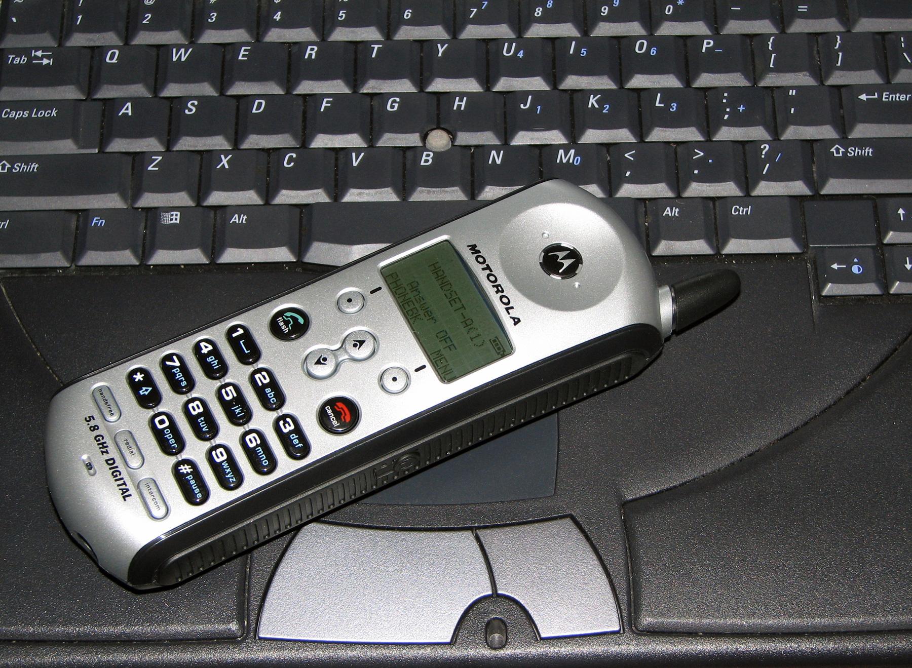Phone on keyboard, Buttons, Communication, Digital, Keyboard, HQ Photo