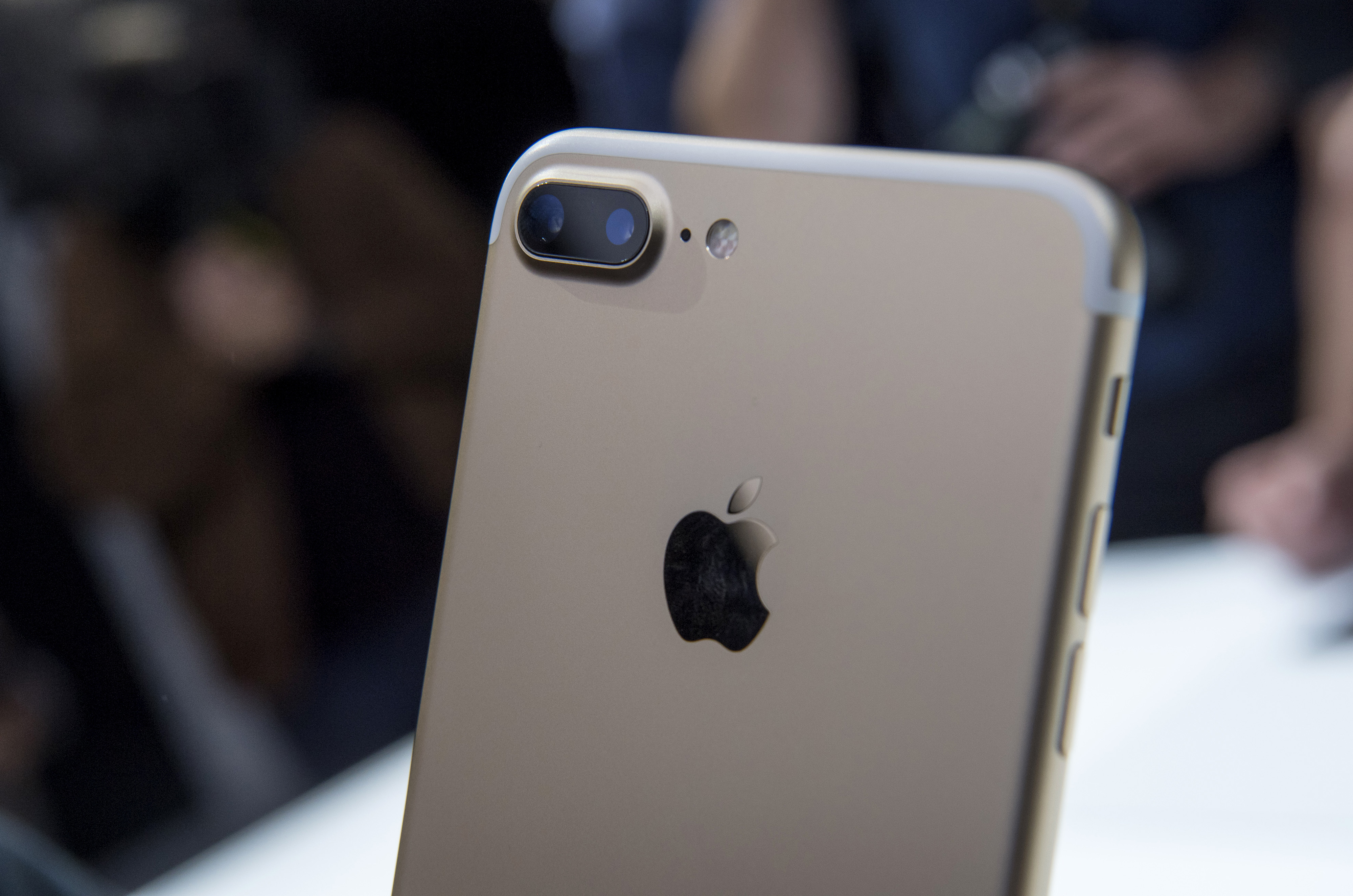 iPhone 7 Plus: Master Portrait Mode With These 7 Tips | Time