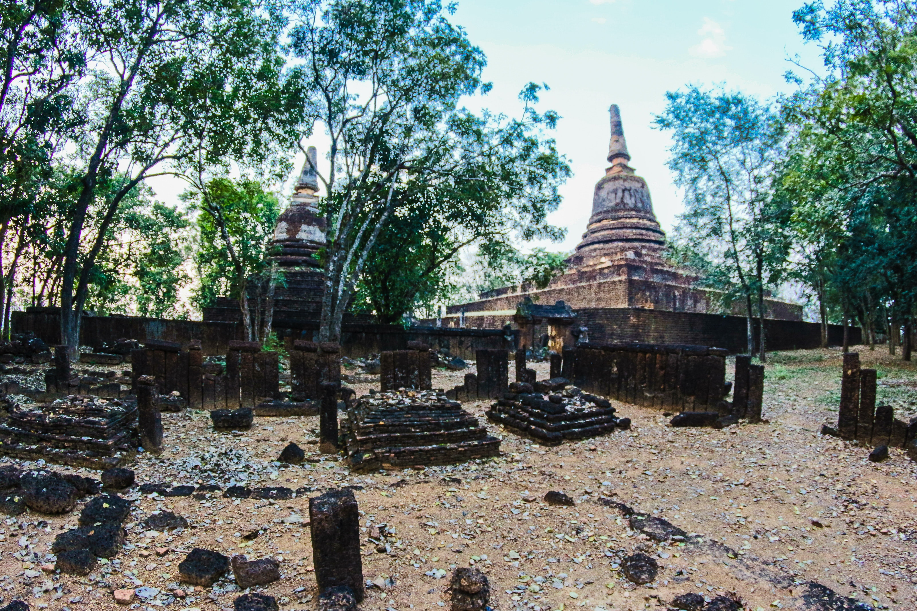 Photo of Brown Concrete Temple, Ancient, Thai, Sculpture, Spiritual, HQ Photo
