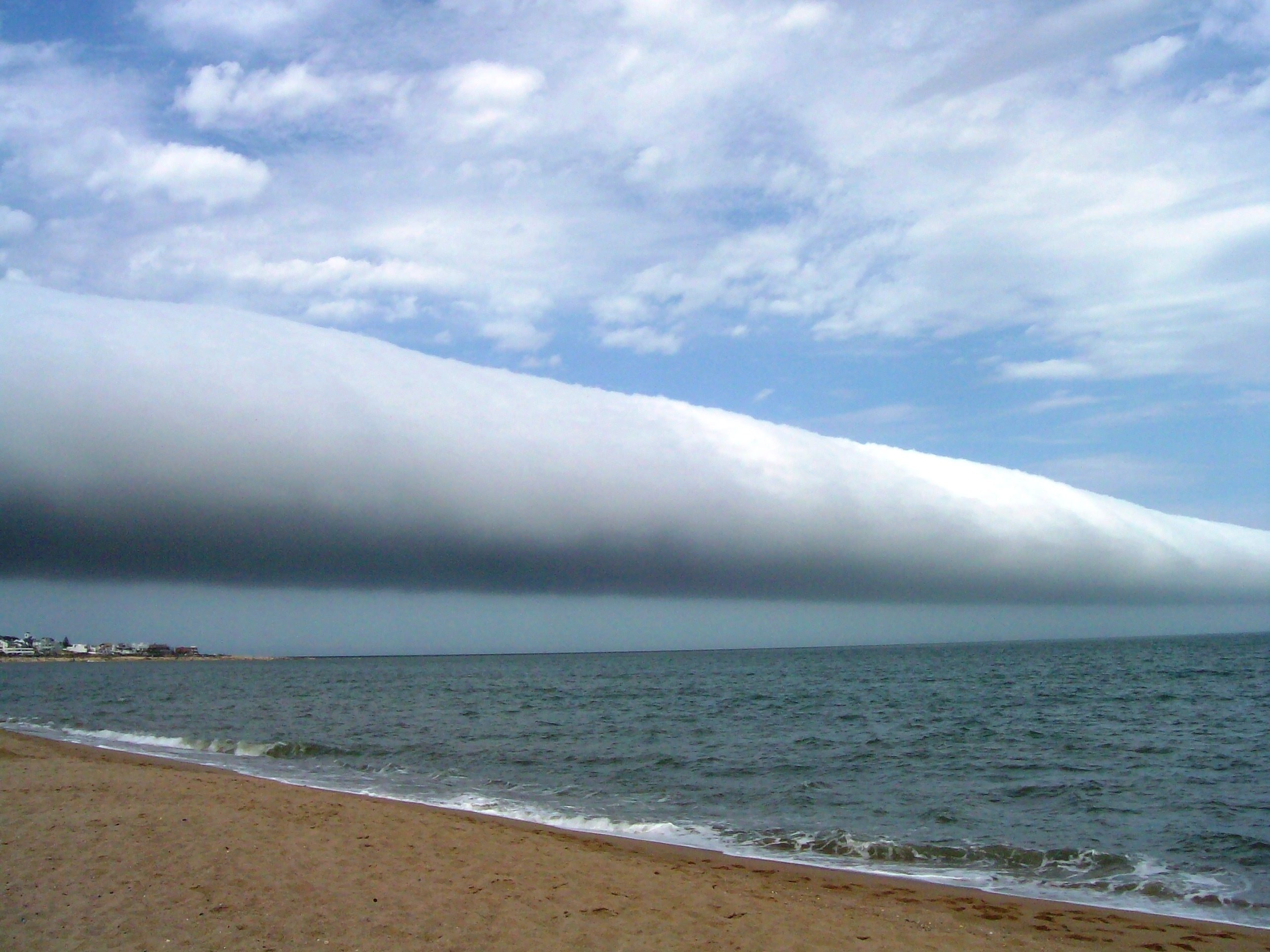 13 ominous photos and videos of roll clouds   MNN - Mother Nature ...