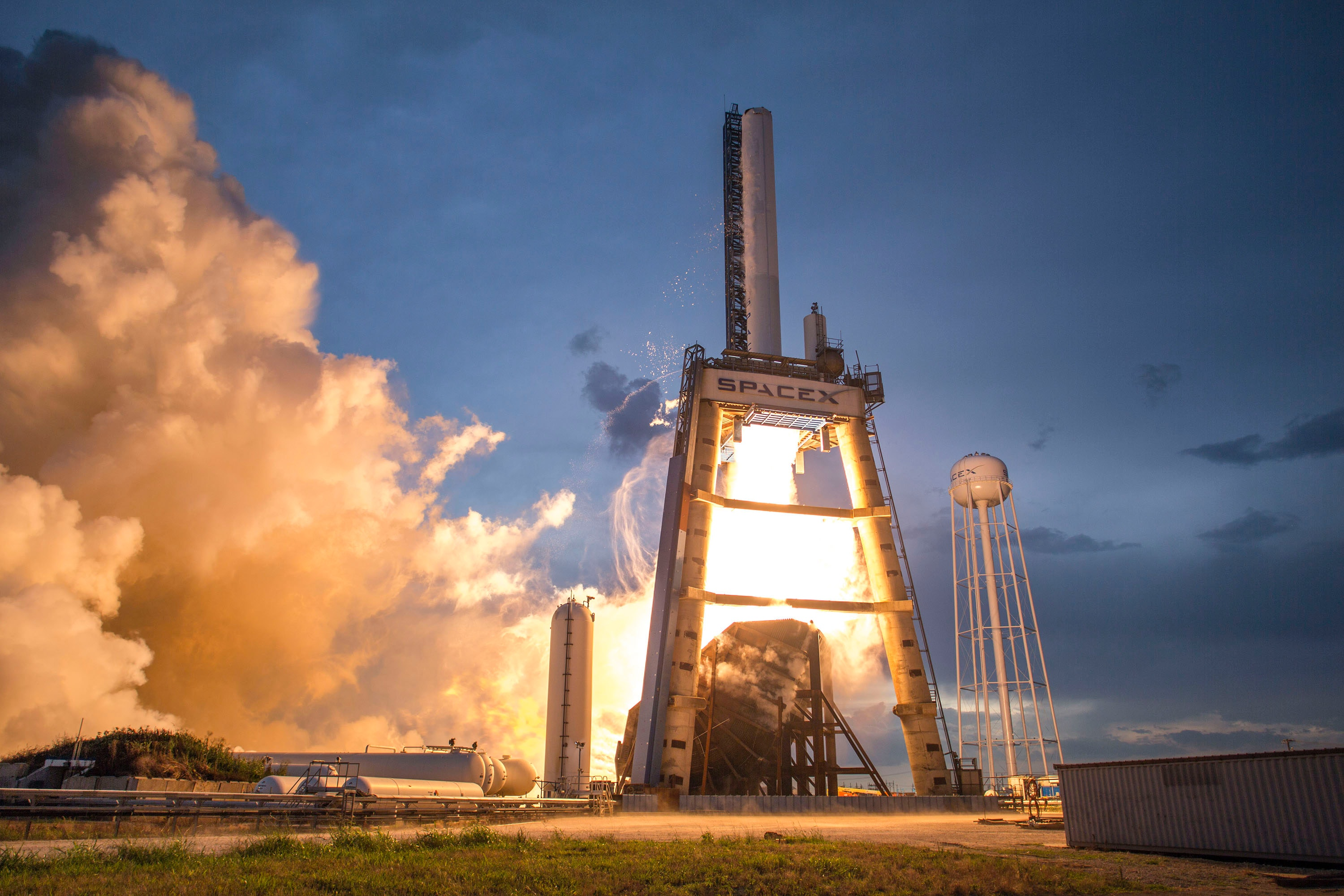Photo of Gray and White Spacex Space Shuttle, Architecture, Power, Technology, Sunset, HQ Photo
