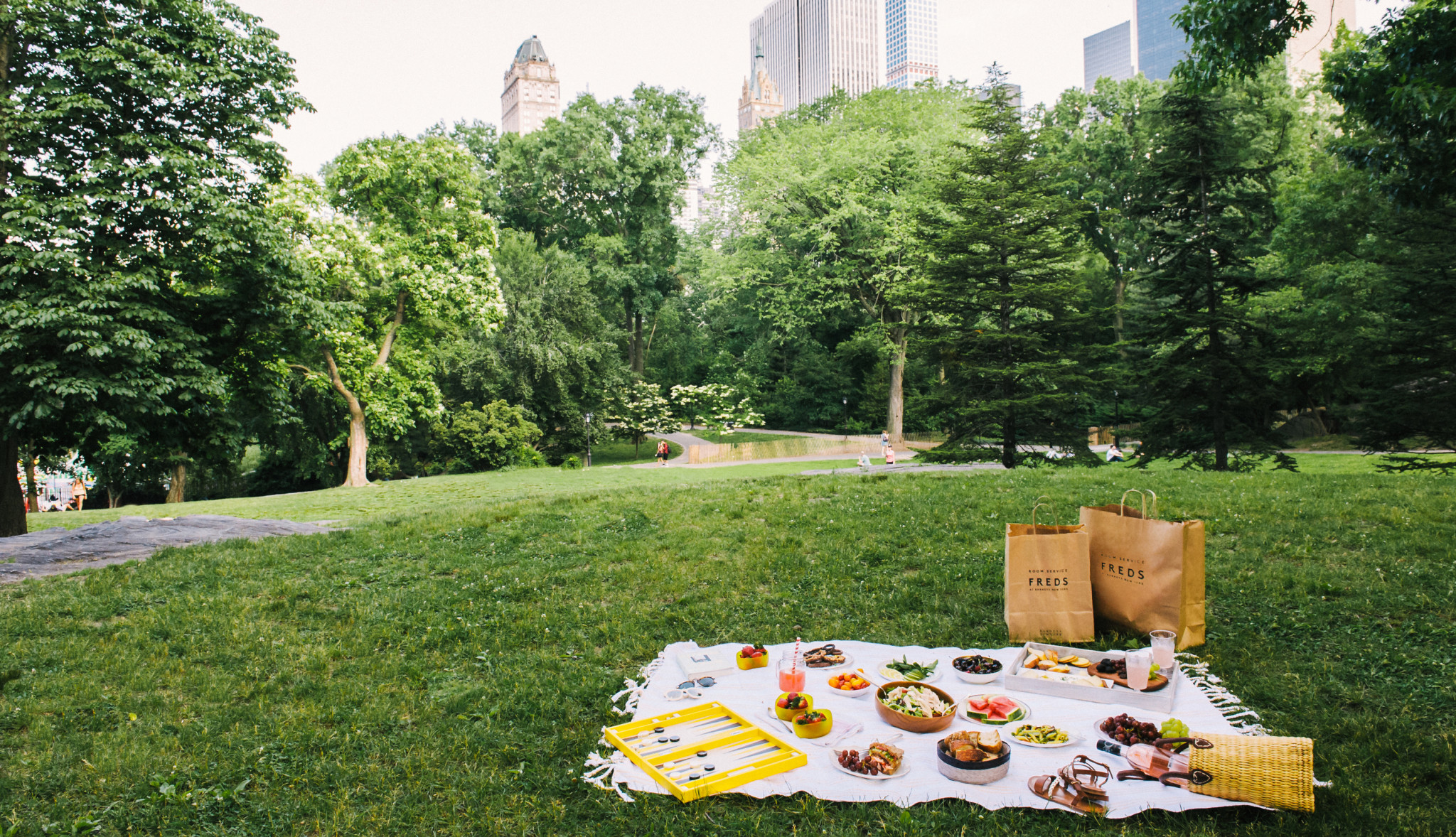A Quick Guide To The Ultimate Summer Picnic - The Window