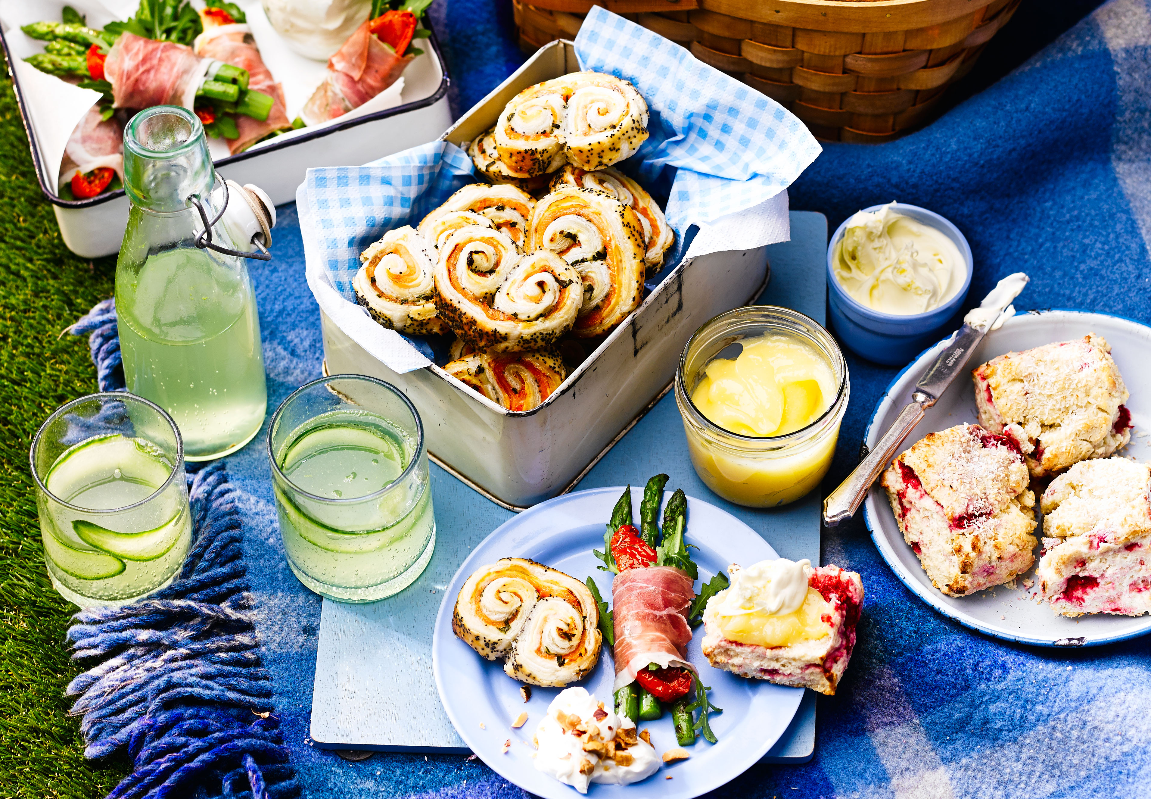 How to pack the perfect picnic | BBC Good Food