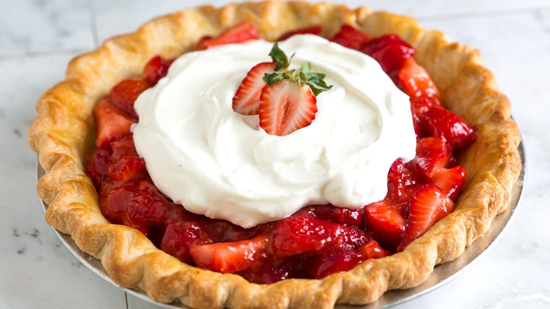 Simple, Fresh Strawberry Pie Recipe