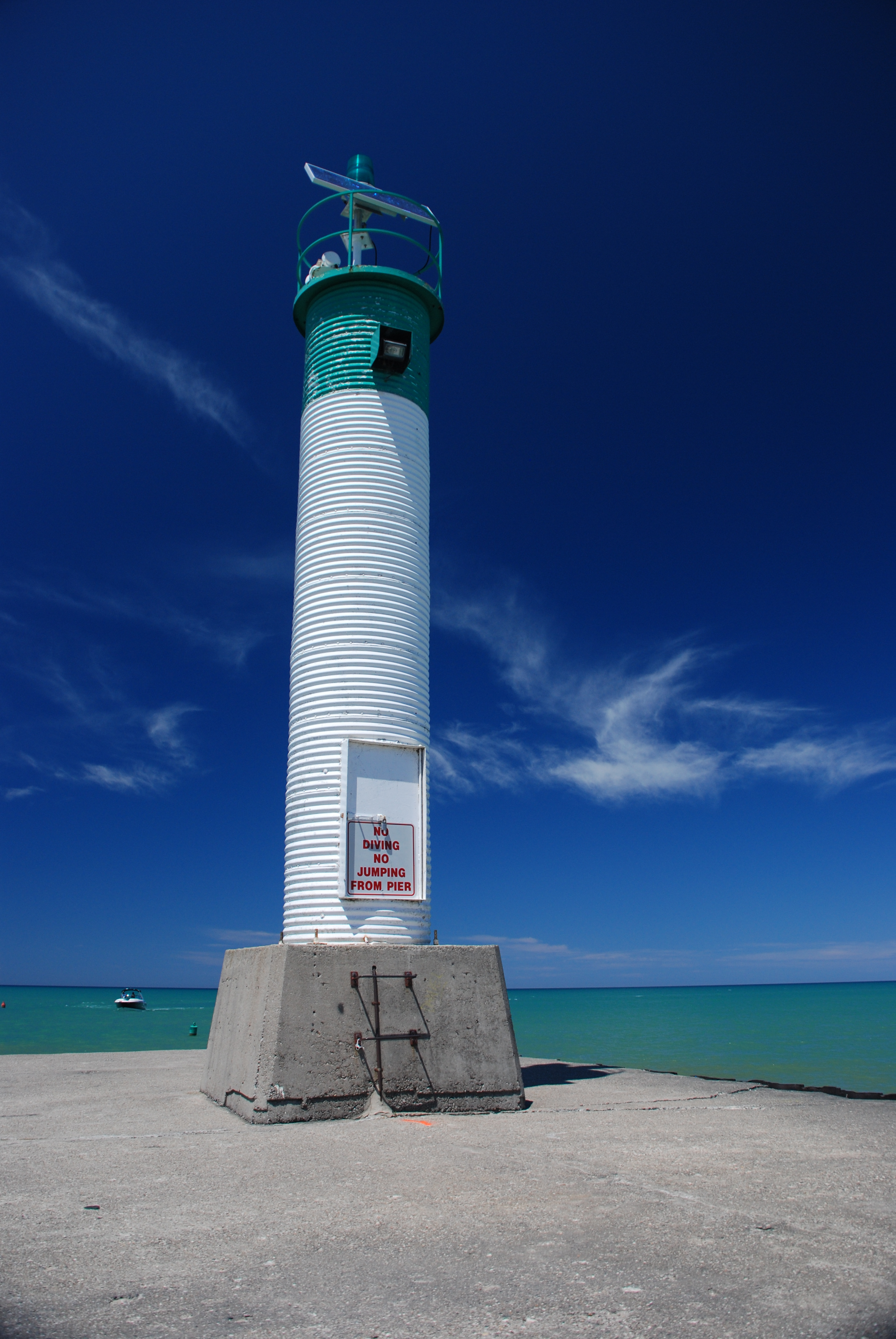 File:Grand Bend Lighthouse 3.JPG - Wikimedia Commons