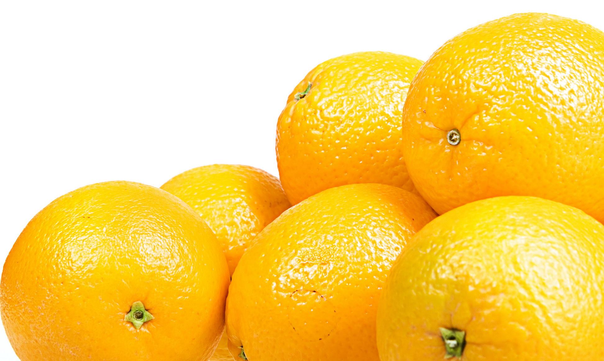 Pile of oranges photo
