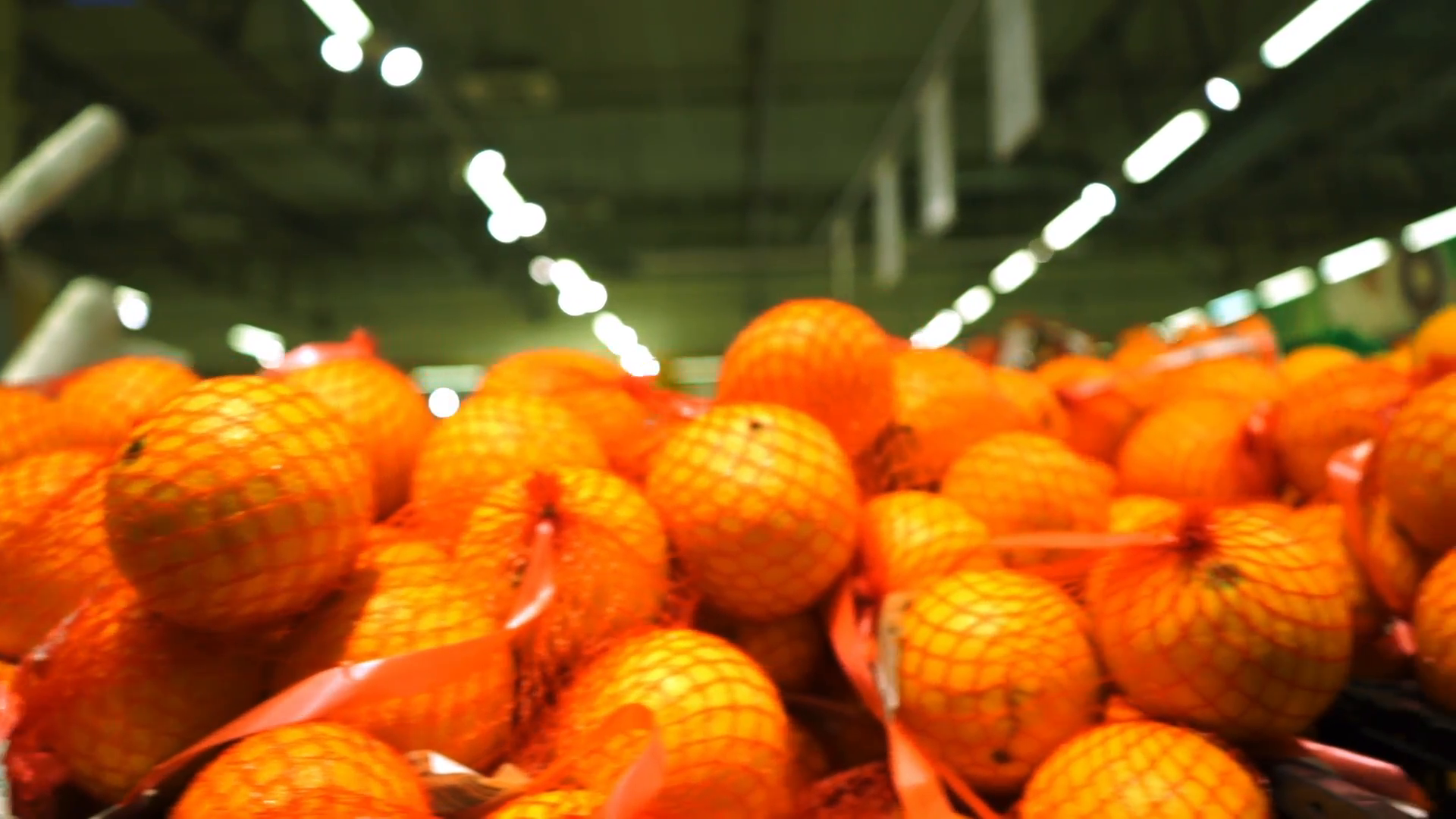 Big pile of oranges in a supermarket, dolly shot Stock Video Footage ...