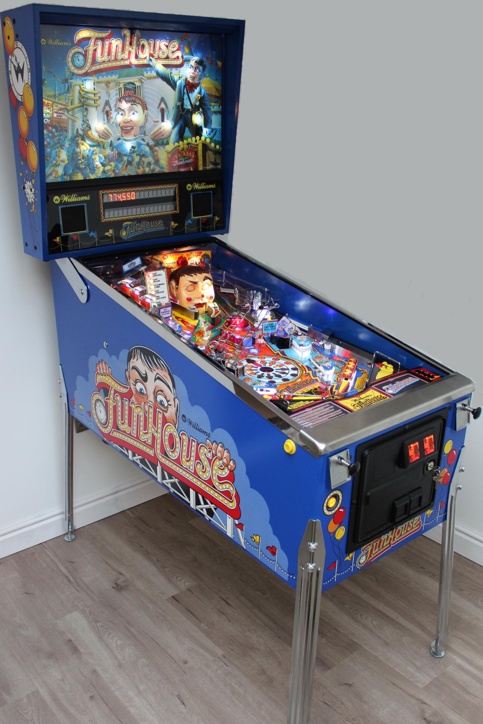 Pinball machine photo