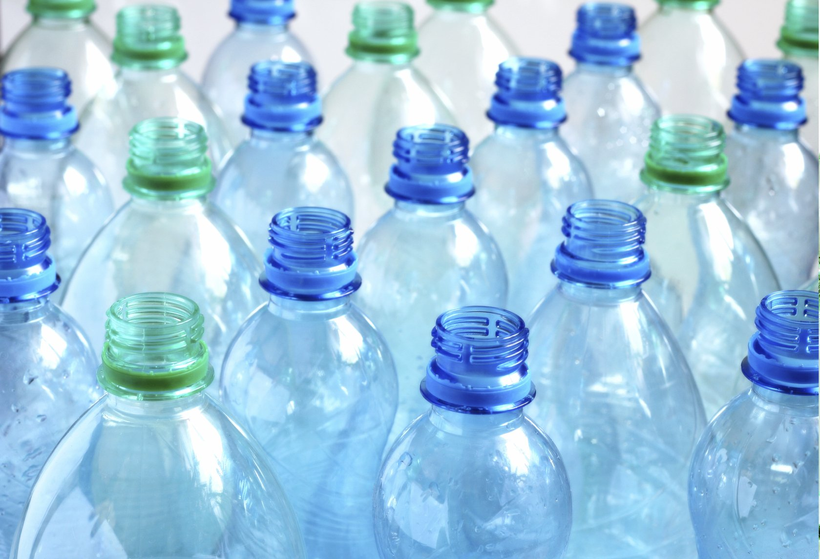 Plastic-Eating Microorganisms Could Herald New Environmental Future ...