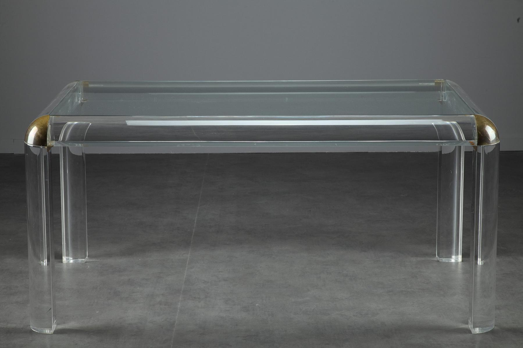 Italian Plexiglass Table, 1970s for sale at Pamono