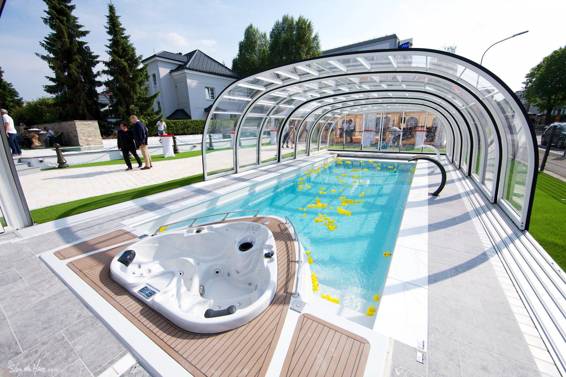 YACHT POOL - Compass Pools