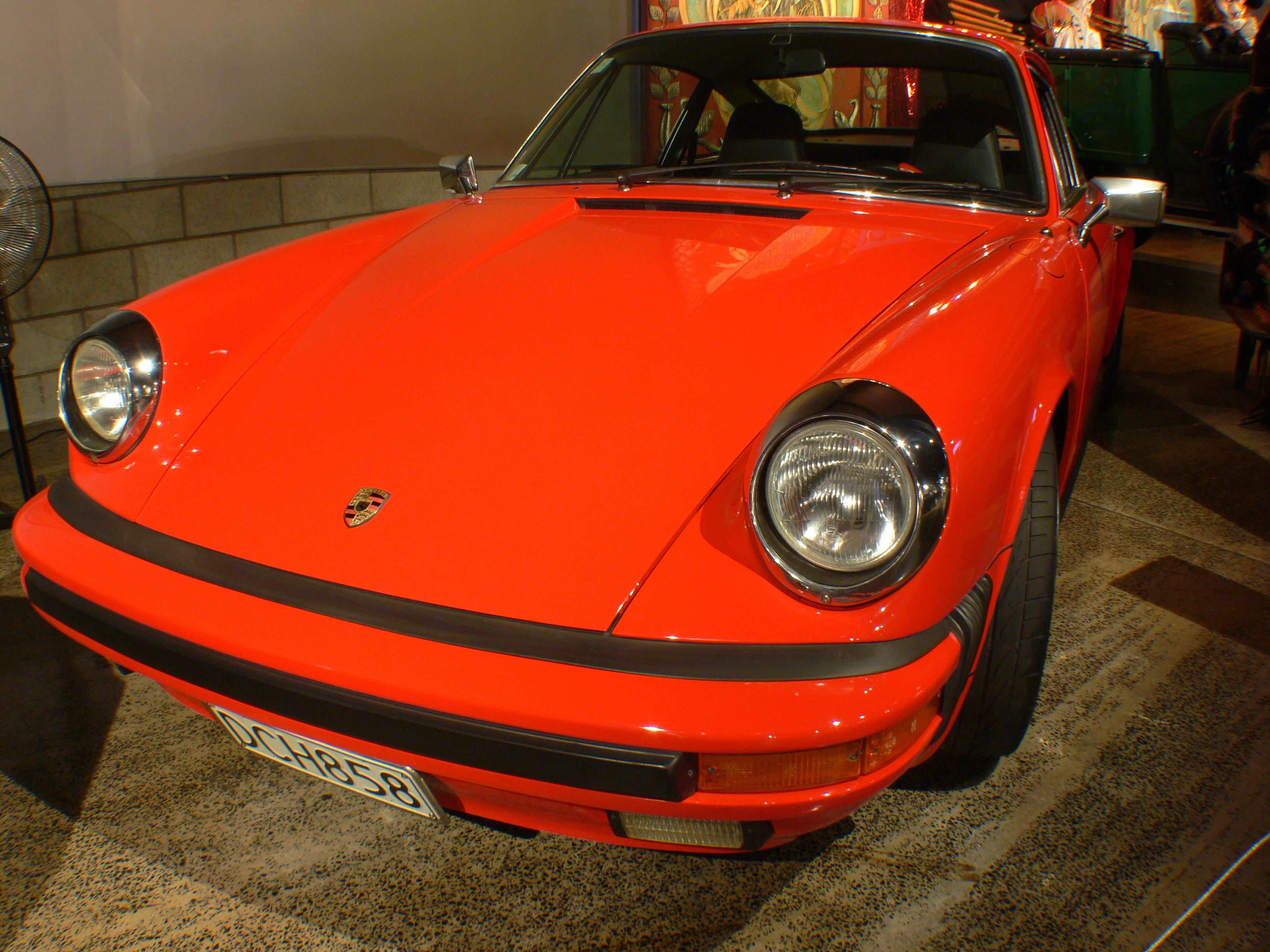 Porsche 911s 1974. photo