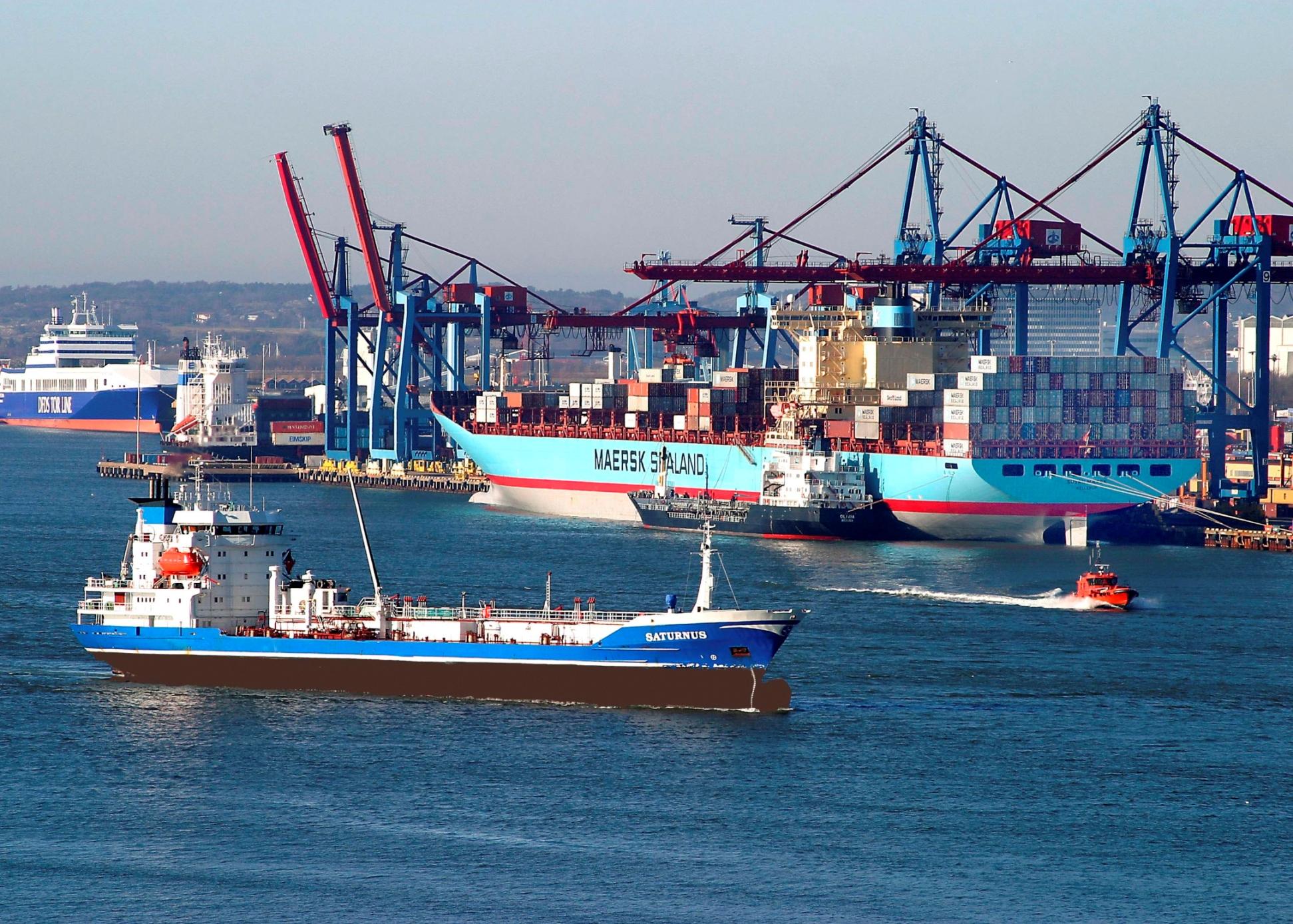 Port photo