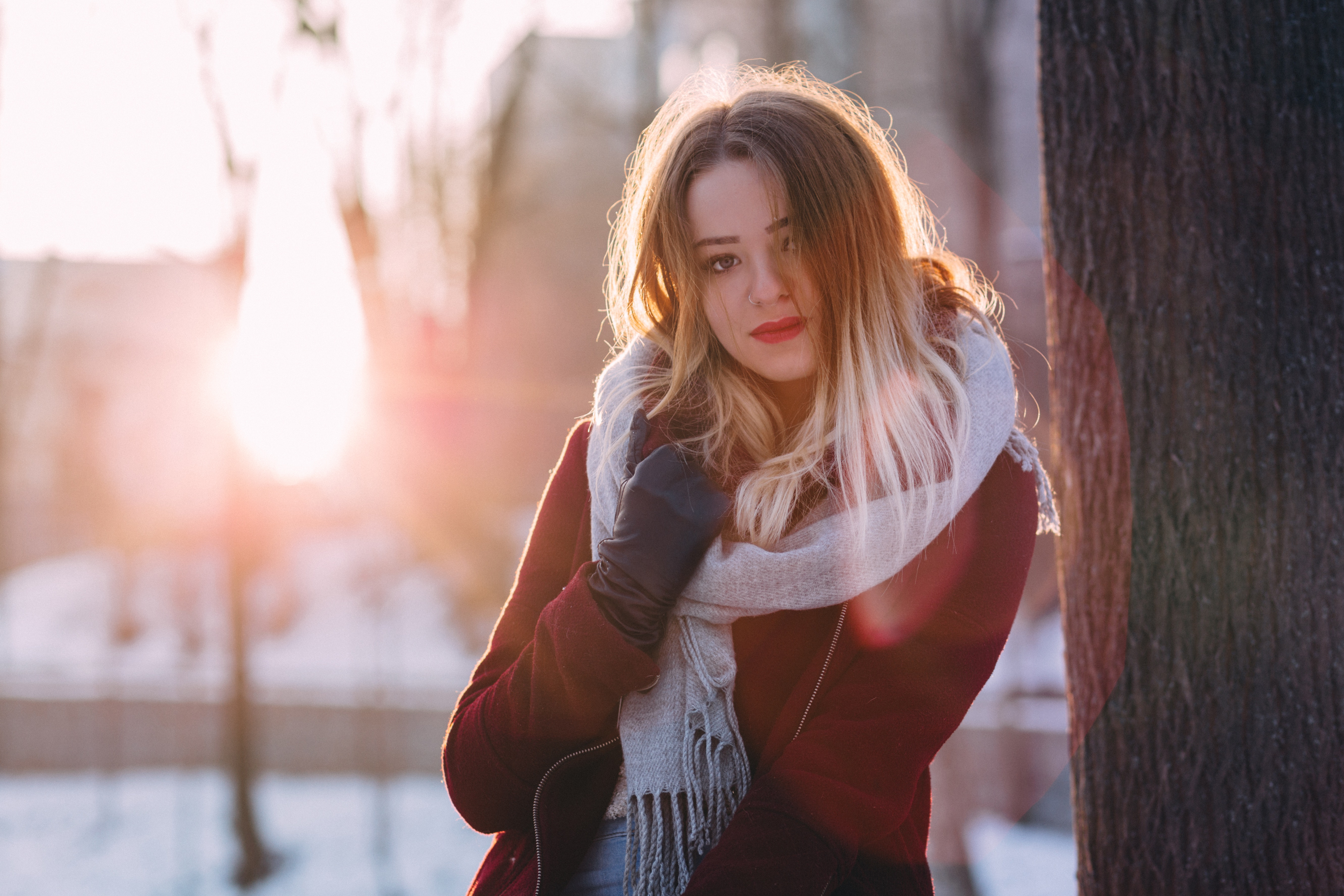 Portrait of Young Woman during Winter, Park, Young, Woman, Winter, HQ Photo