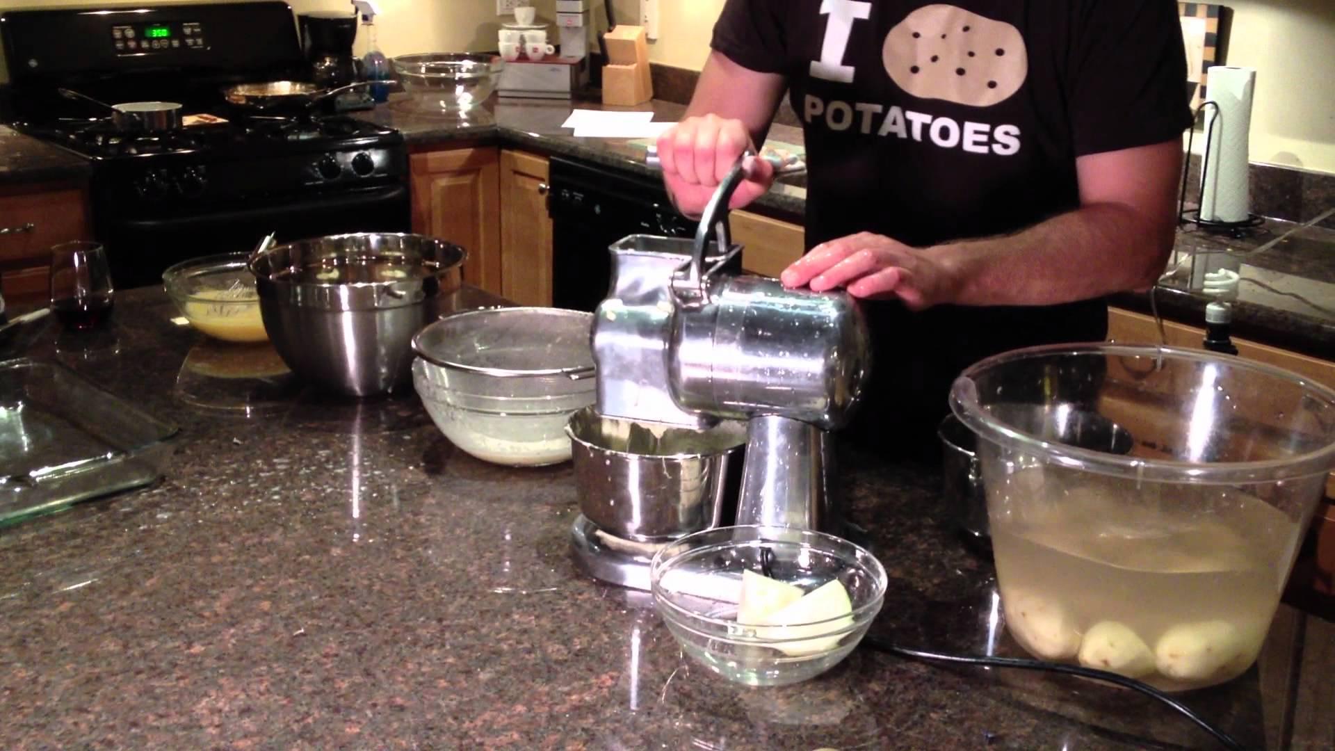 Electric Potato Grater for Kugelis, potato pancakes, latkes, potato ...