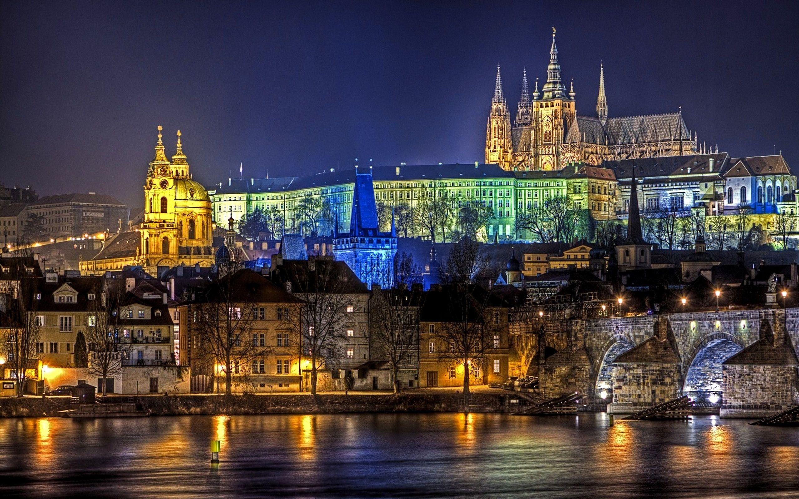 Prague at night studyoverseas | Prague/Czeck | Pinterest | Prague ...