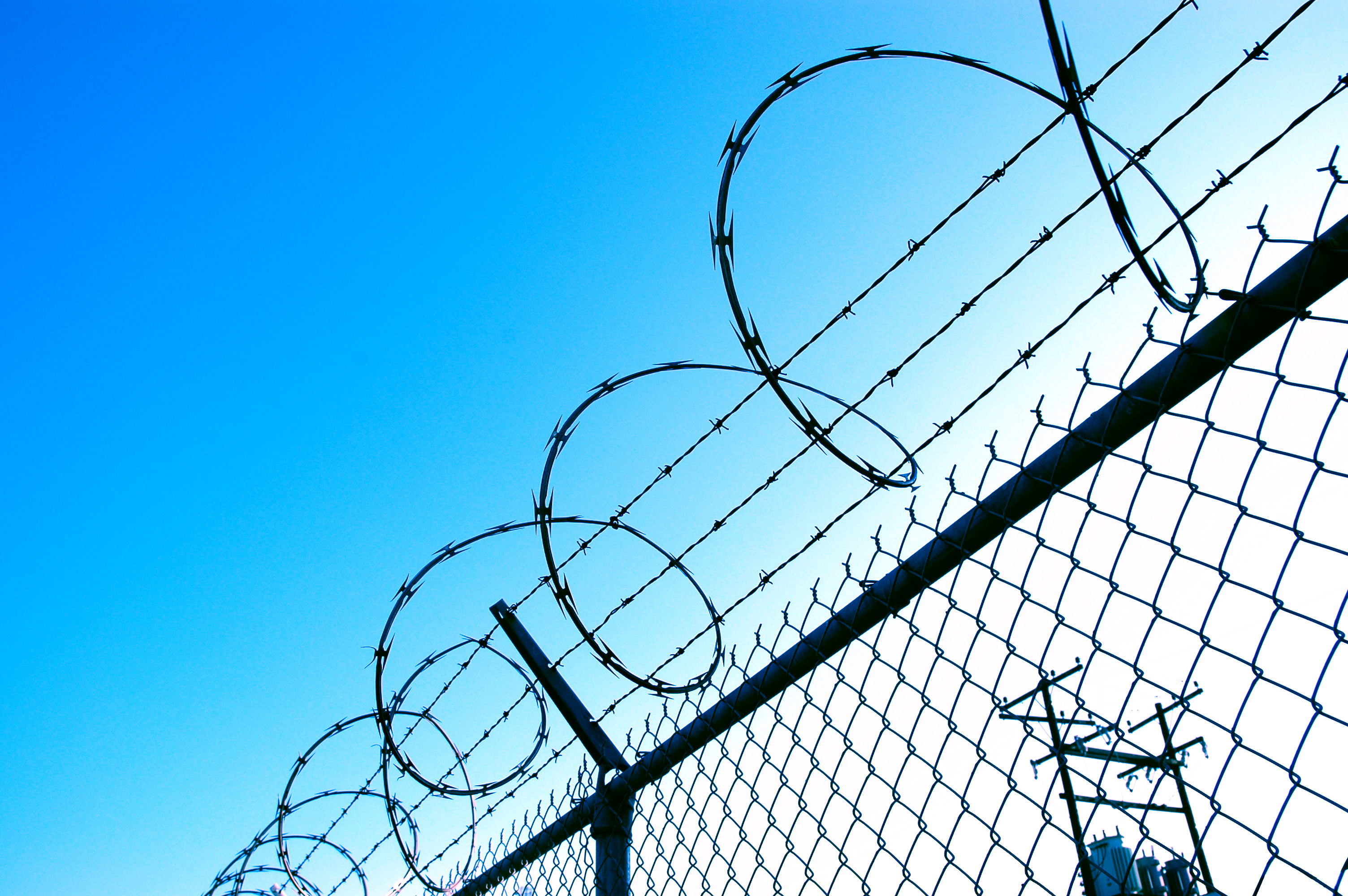 Free Barbed Wire, Download Free Clip Art, Free Clip Art on Clipart ...