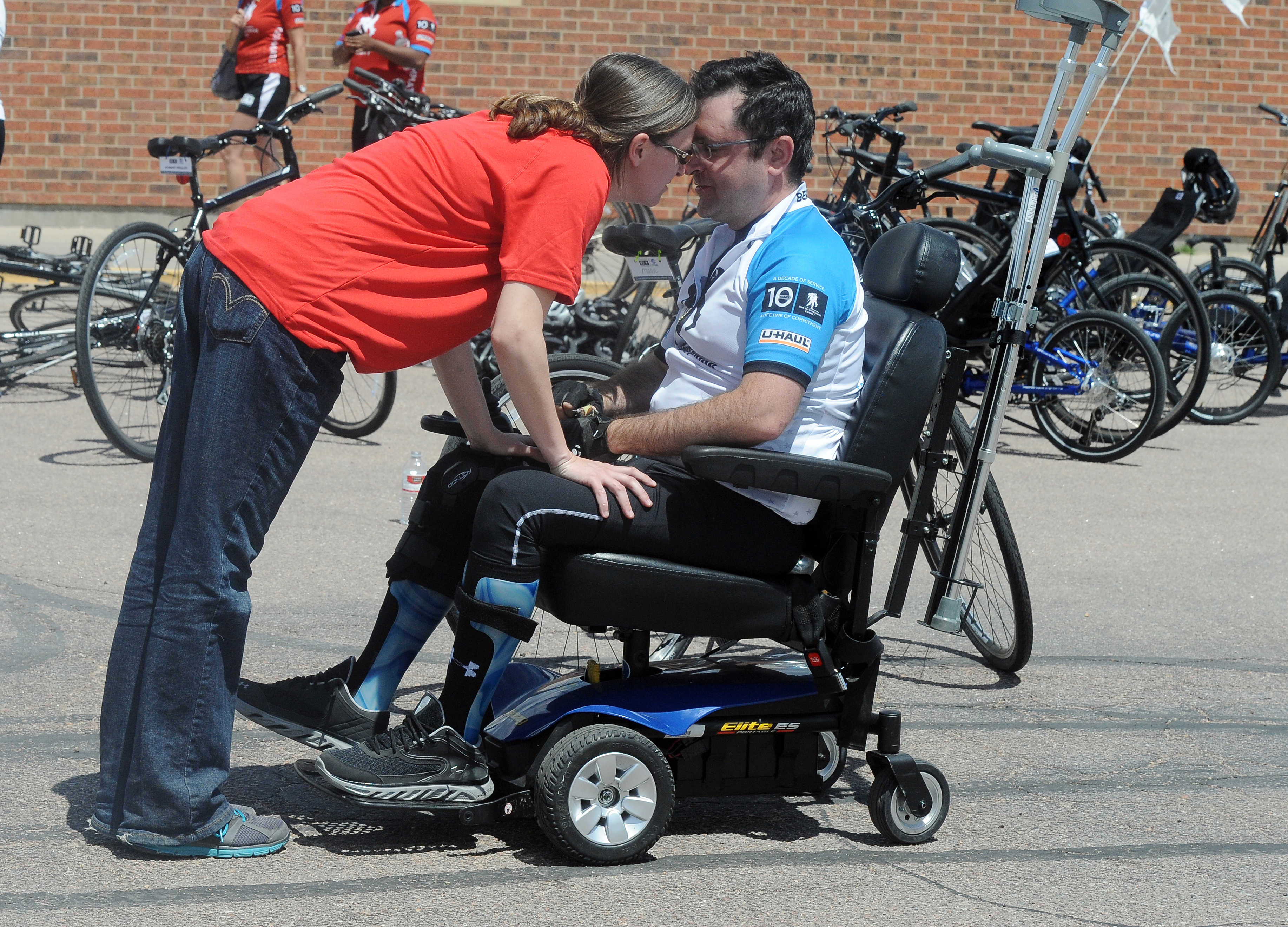 Disabled vet's lawsuit accuses Colorado Springs, neighbors of ...