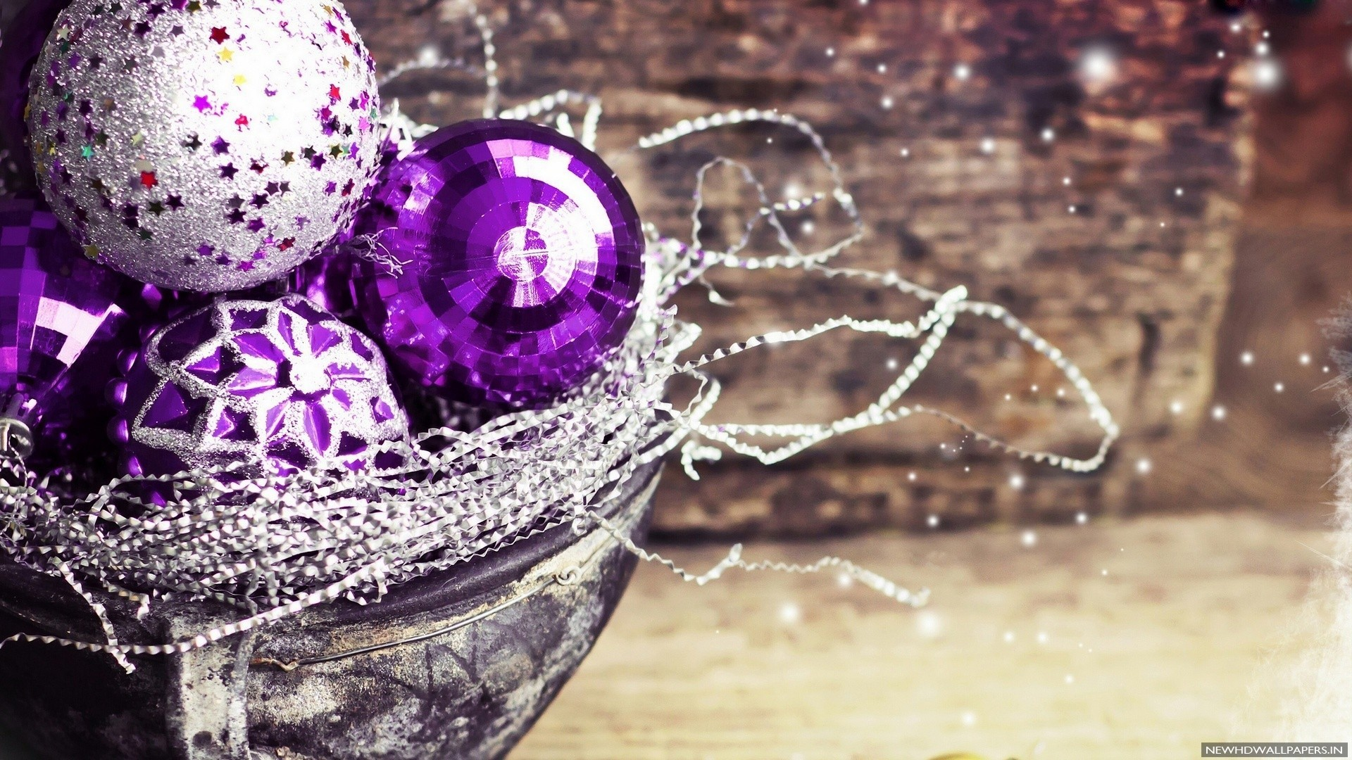 purple christmas decoration