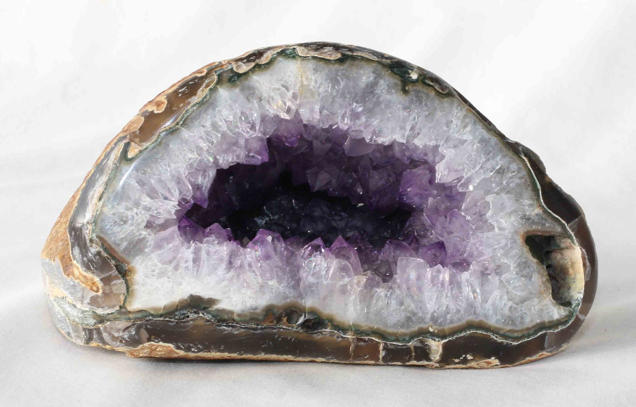 Amethyst Agate Quartz Crystal Geode - A86 – Indigo Art & Crystals