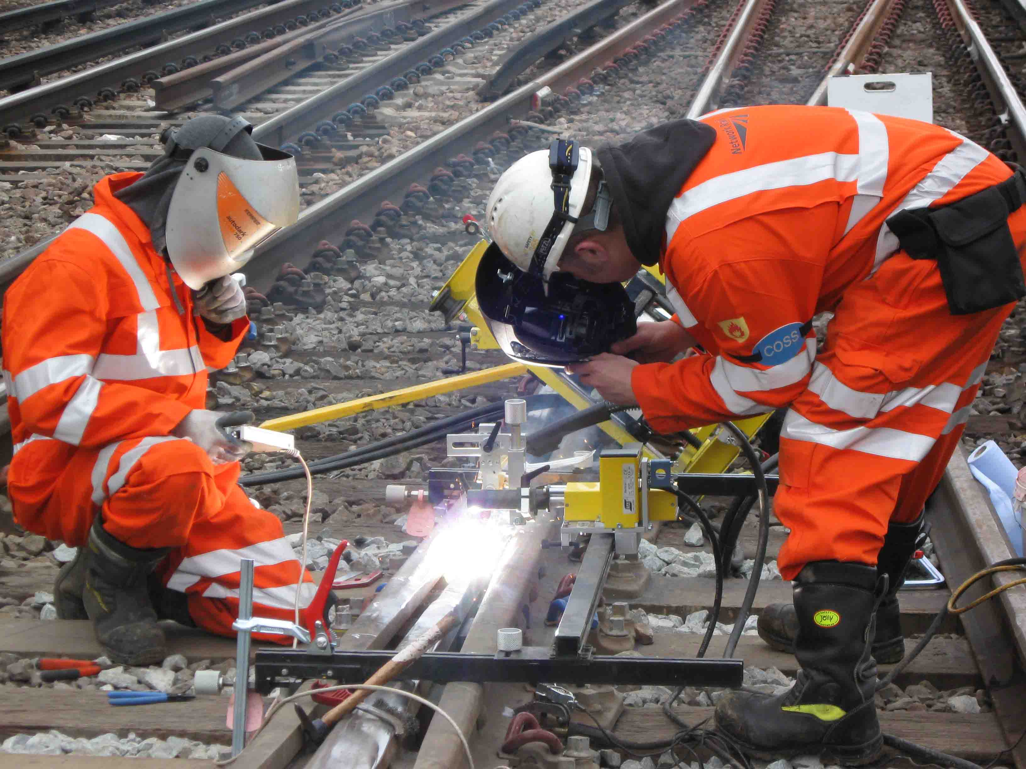 railwaysignalling.eu Rail: How Is It Made? - railwaysignalling.eu