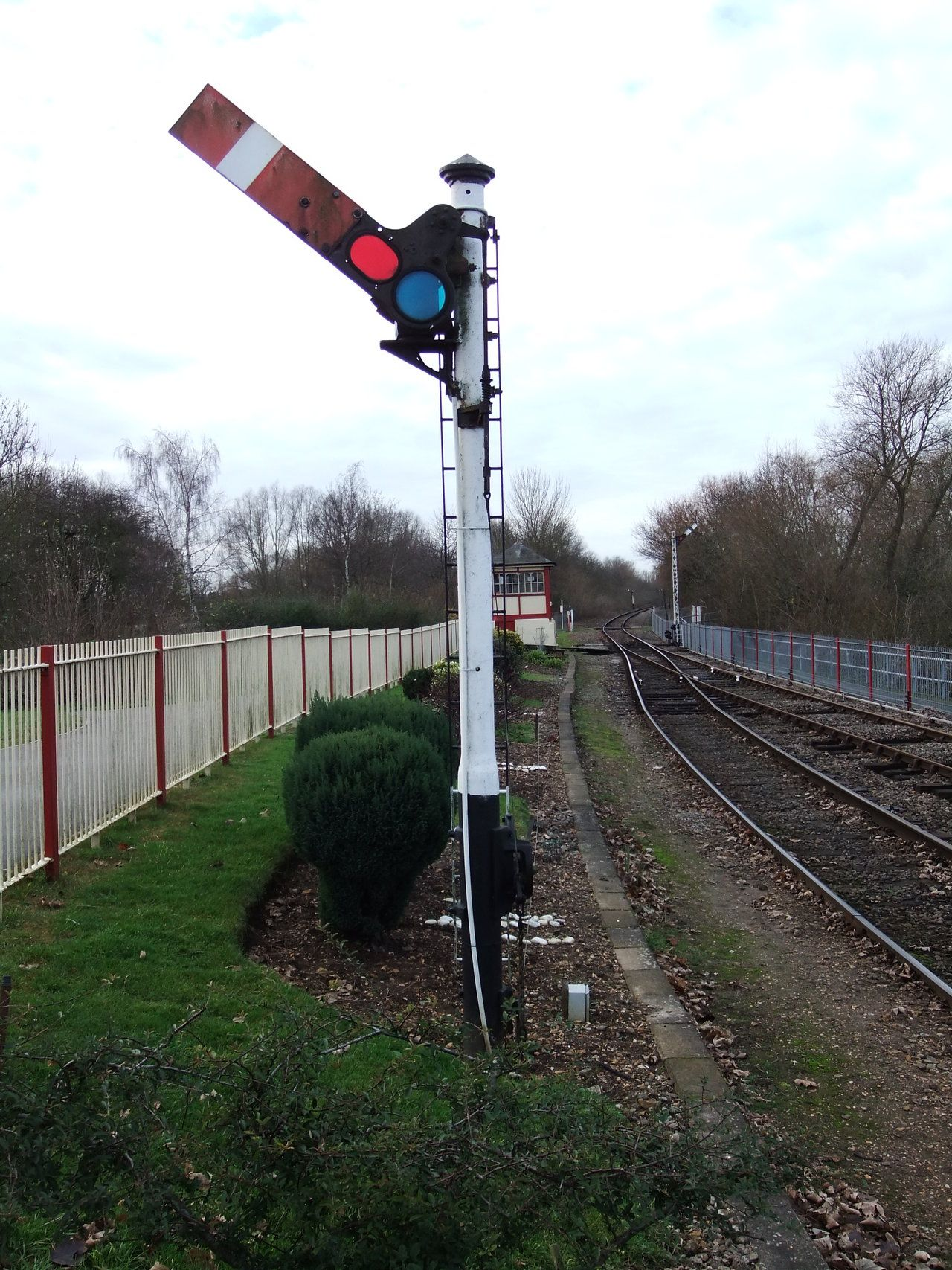 Nene Valley Railway, uk. Upper-quadrant semaphore signal on LNER ...