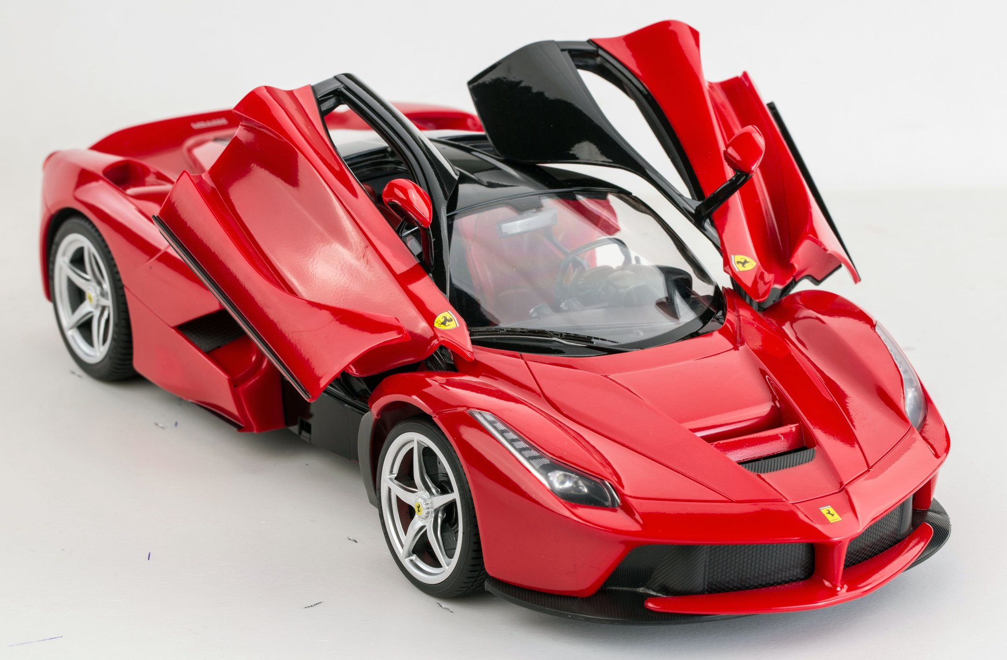 Ricco RC50100 Genuine Licensed 1: 14 La Ferrari F12 Open Door Remote ...