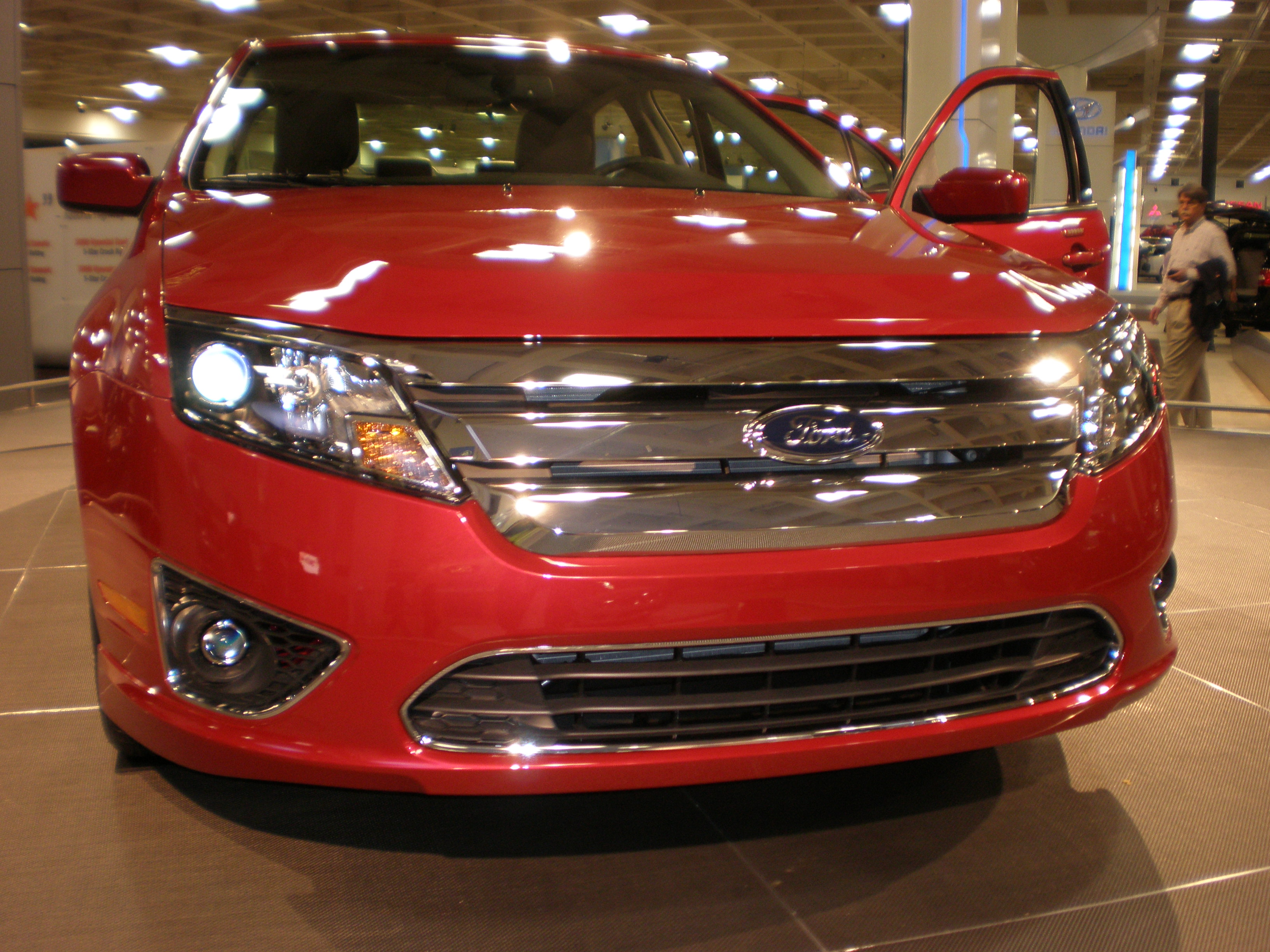 File:2010 red Ford Fusion front.JPG - Wikimedia Commons