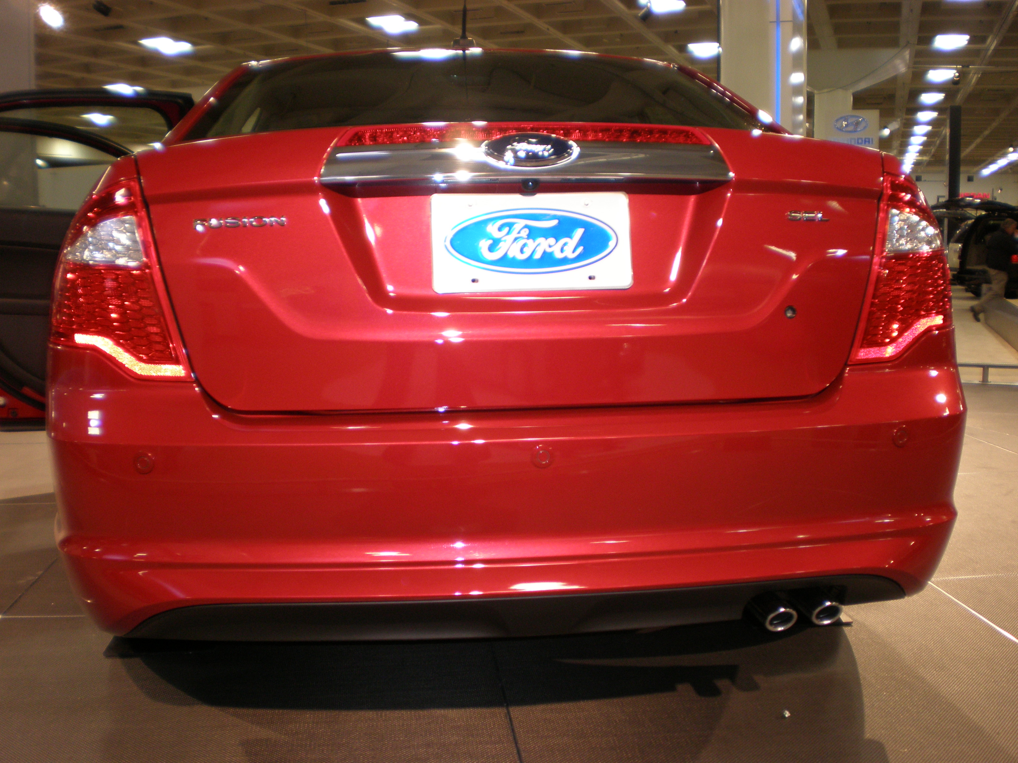 File:2010 red Ford Fusion rear.JPG - Wikimedia Commons