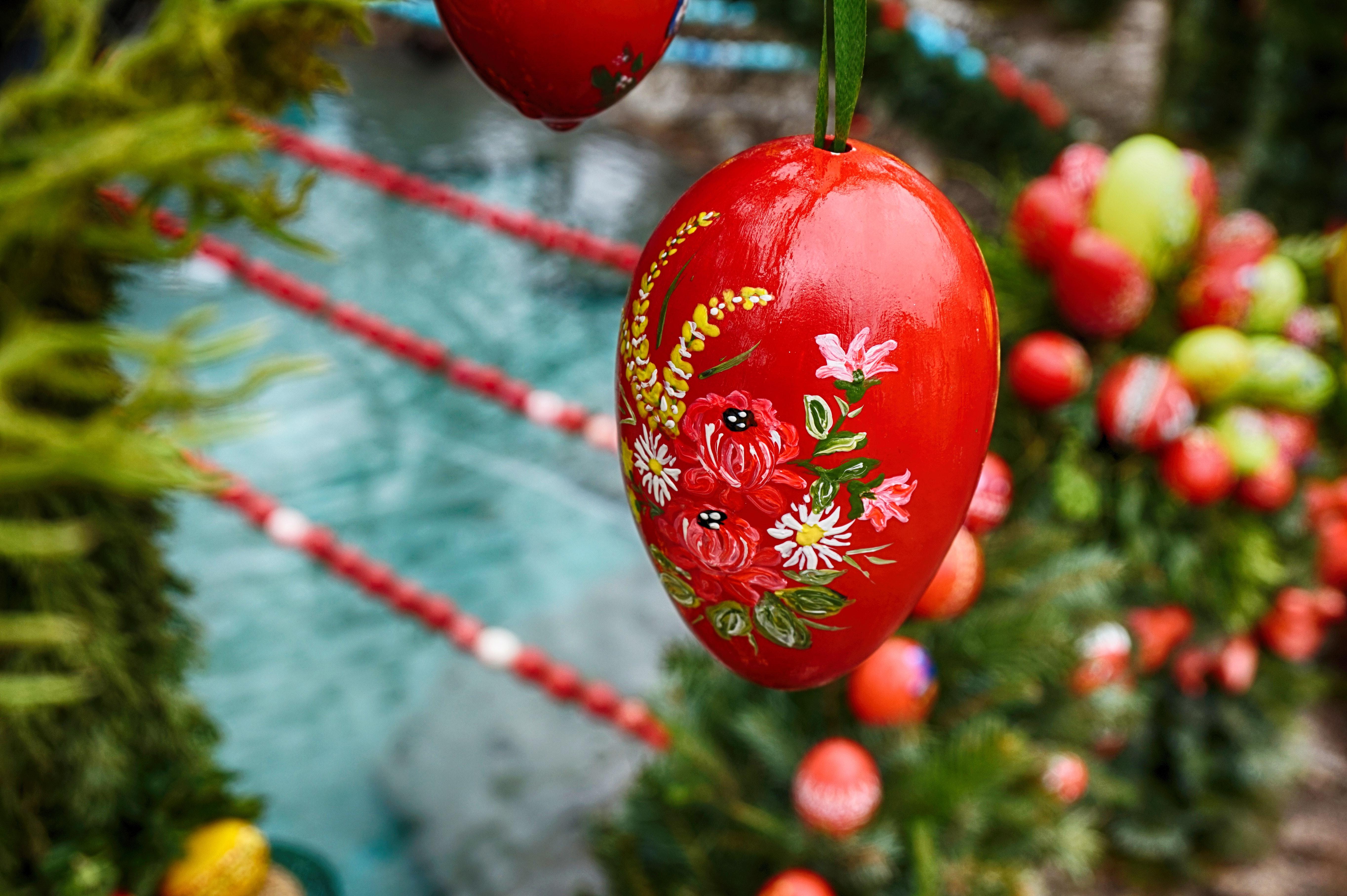 Red Fruits Decor, April, Celebration, Easter, Easter egg, HQ Photo