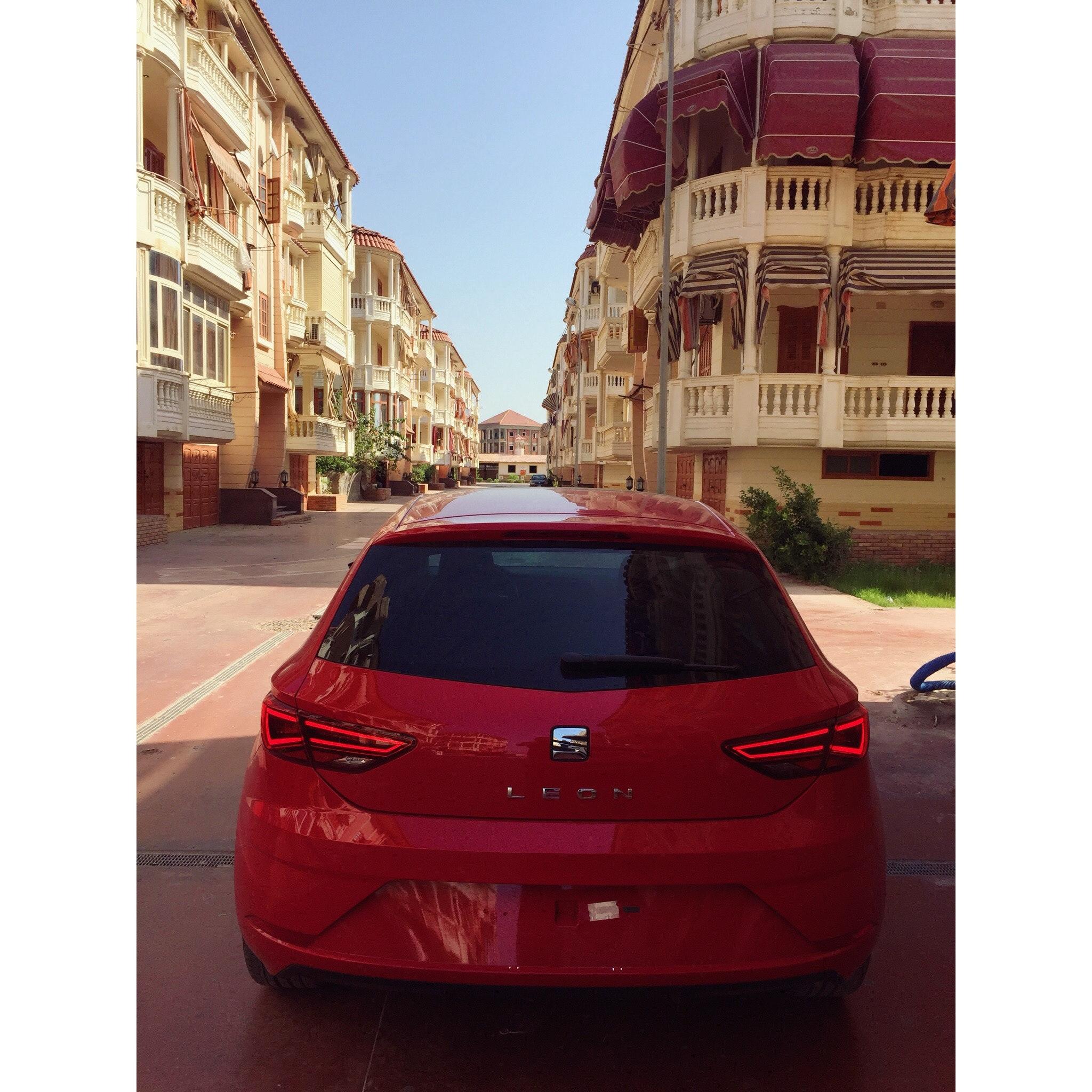 Red Seat Leon, Sedan, Vehicle, Urban, Transportation system, HQ Photo