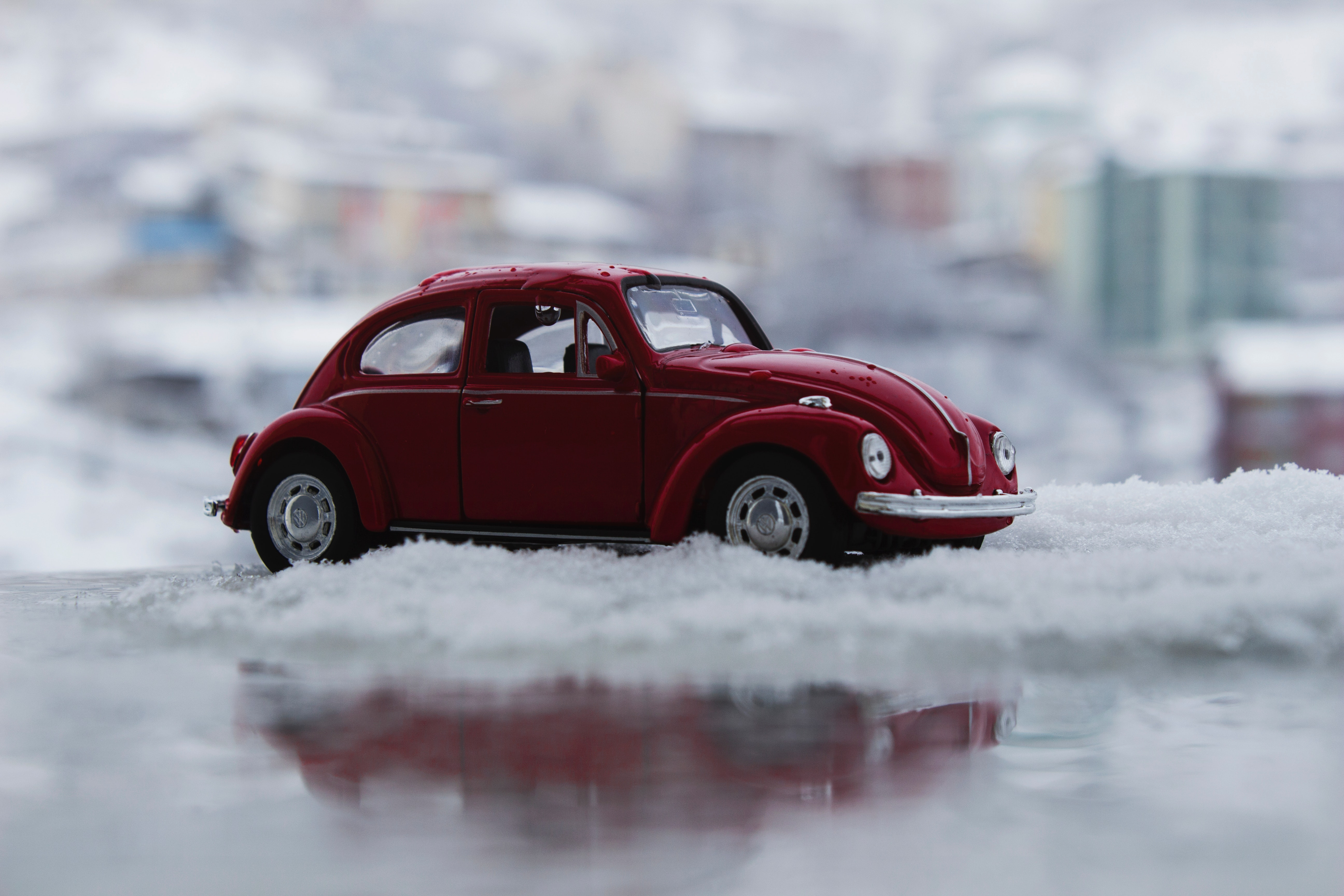 Red Toy Car in Snow, Action, Wheel, Vw beetle, Vw, HQ Photo
