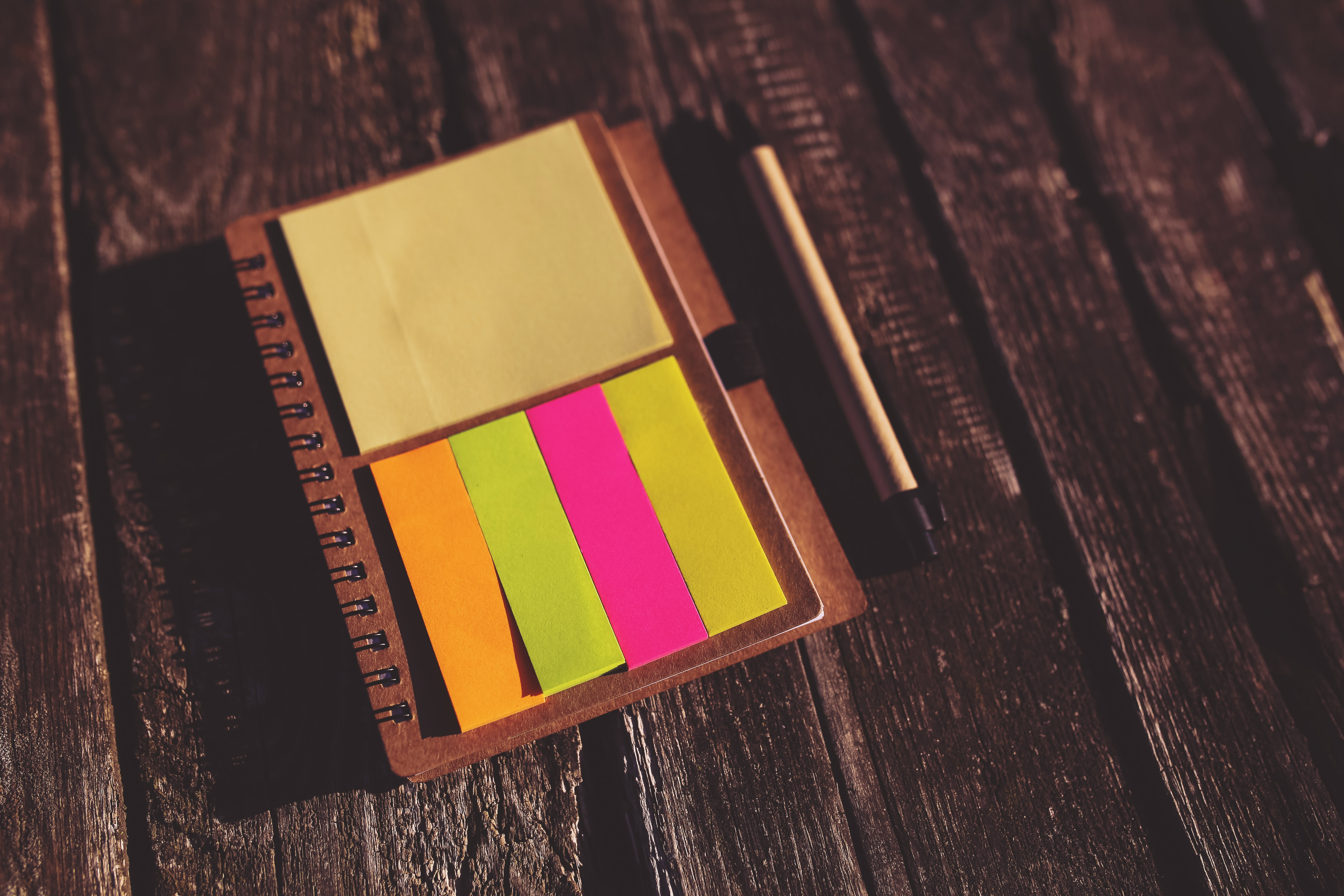 Reminder sticky notes, Blur, Paper, Wooden, Wood, HQ Photo