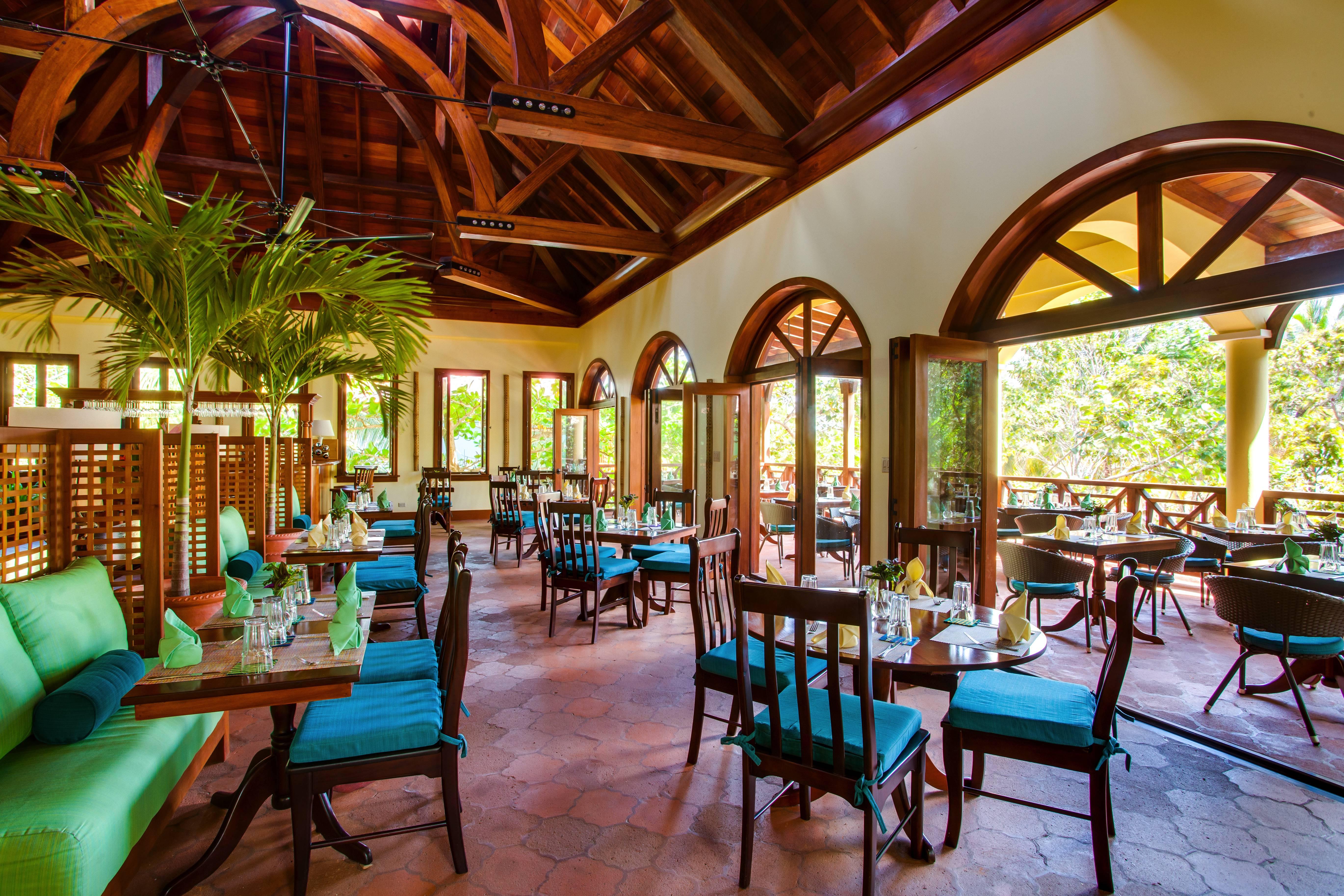 5 star Belize Resort Cuisine | Belize Resort Dining | Hamanasi Resort