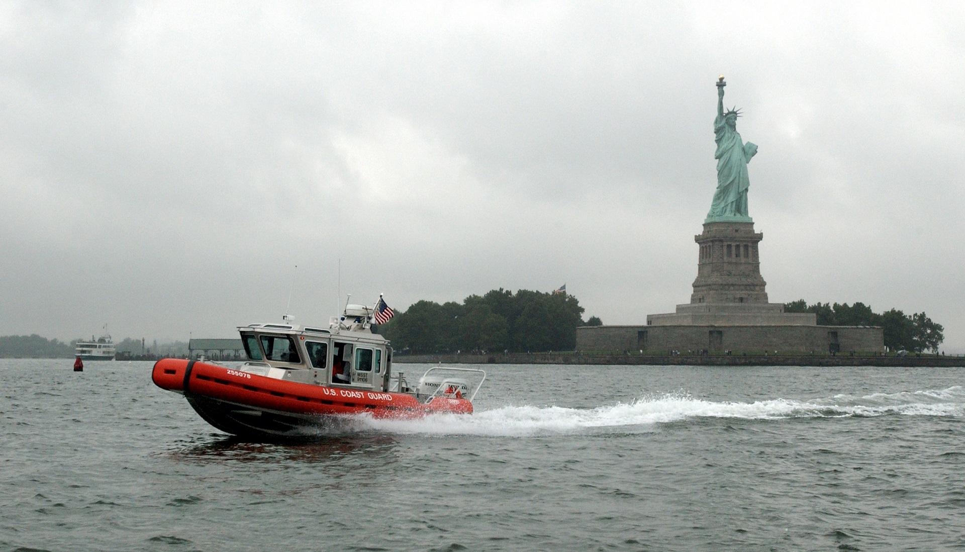 Response Boat, Boat, Guard, Ocean, Patrol, HQ Photo