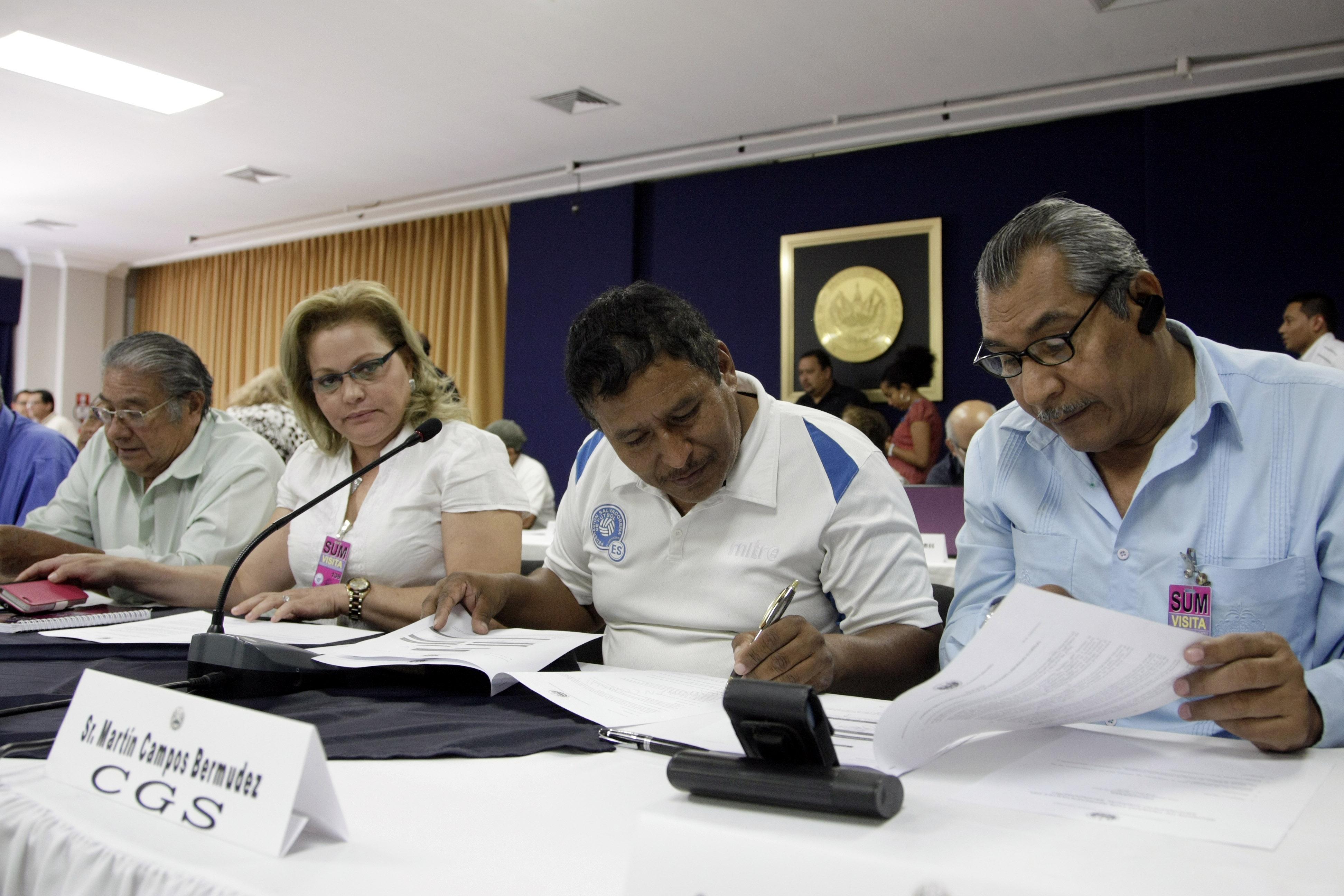 Reunión de trabajo con sindicatos photo