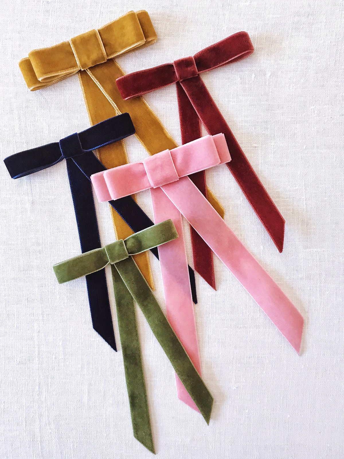 DIY Velvet Ribbon Bow Barrette – Honestly WTF