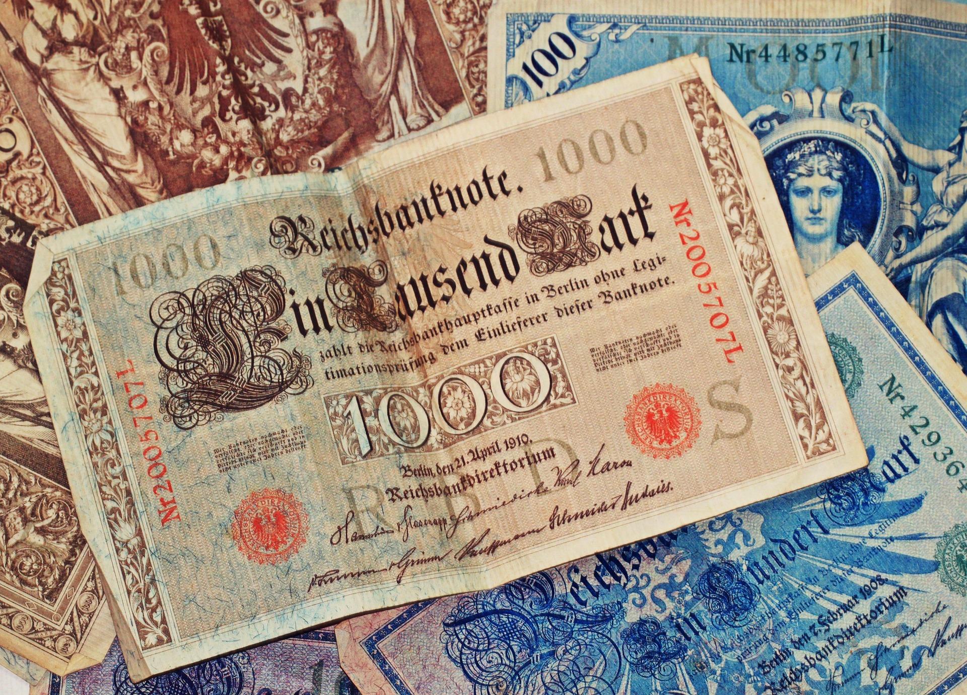 Rich, historische banknoten (3501) book/buch